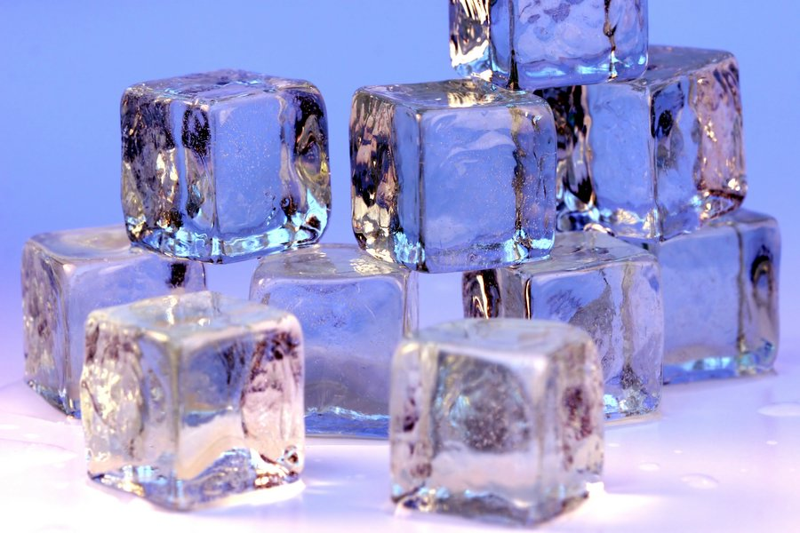 File:Ice cubes openphoto.jpg - Wikipedia, the free encyclopedia