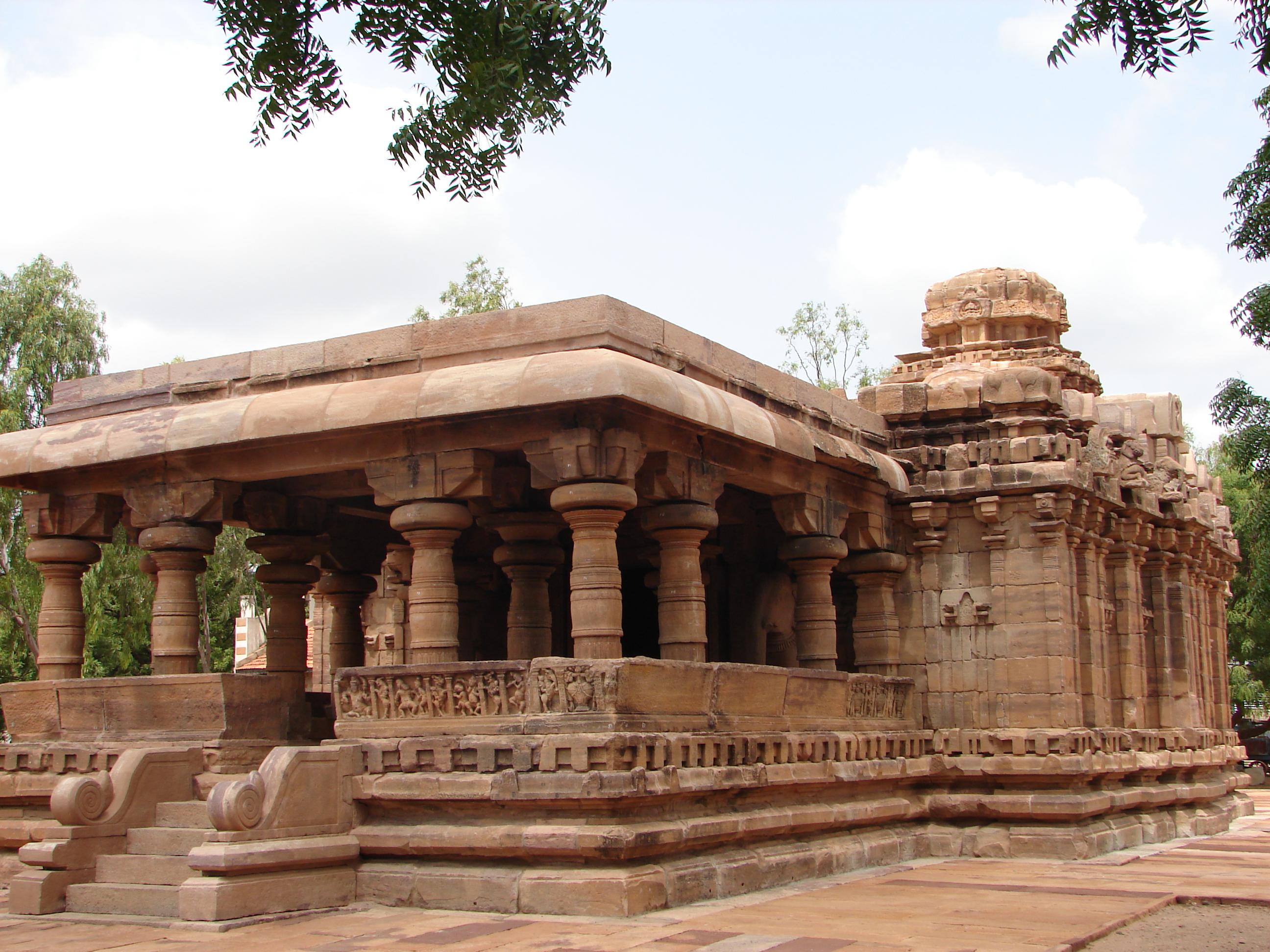 Jain Narayana temple at Pattadakal