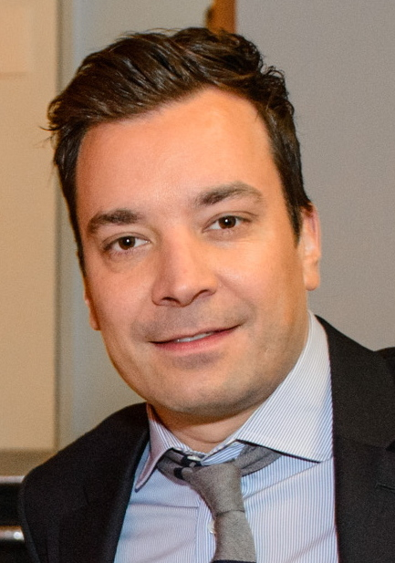 The 43-year old son of father Jim and mother Gloria, 183 cm tall Jimmy Fallon in 2018 photo