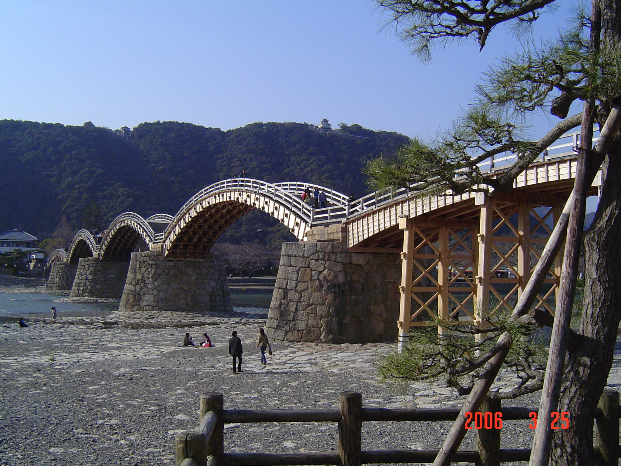 Kintaikyo bridge in 2006