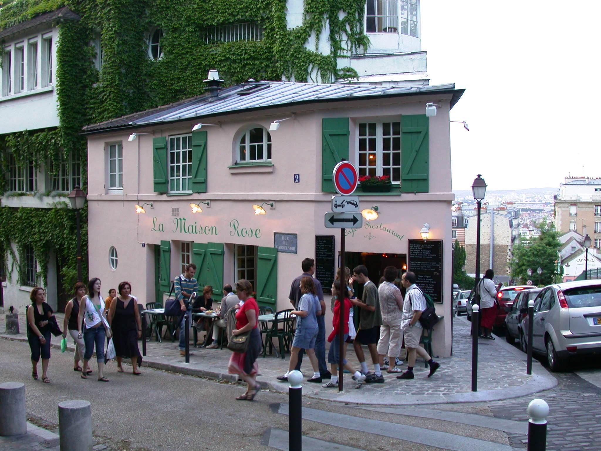 File la maison rose rue de l 39 abreuvoir montmartre paris - La maison hantee paris ...