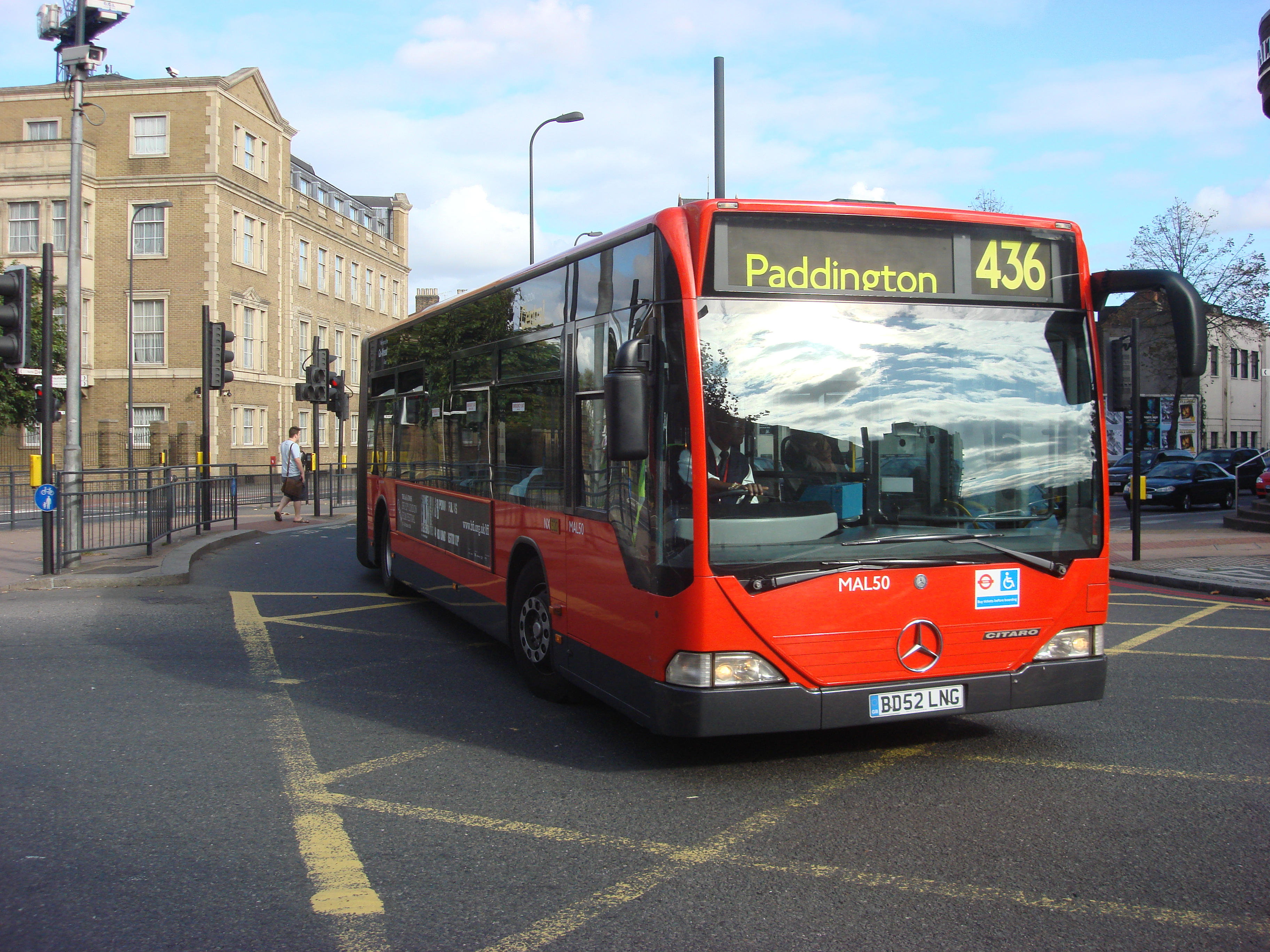 File:London Bus route 436.jpg