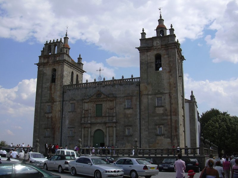 Image:MDouro cathedral.jpg
