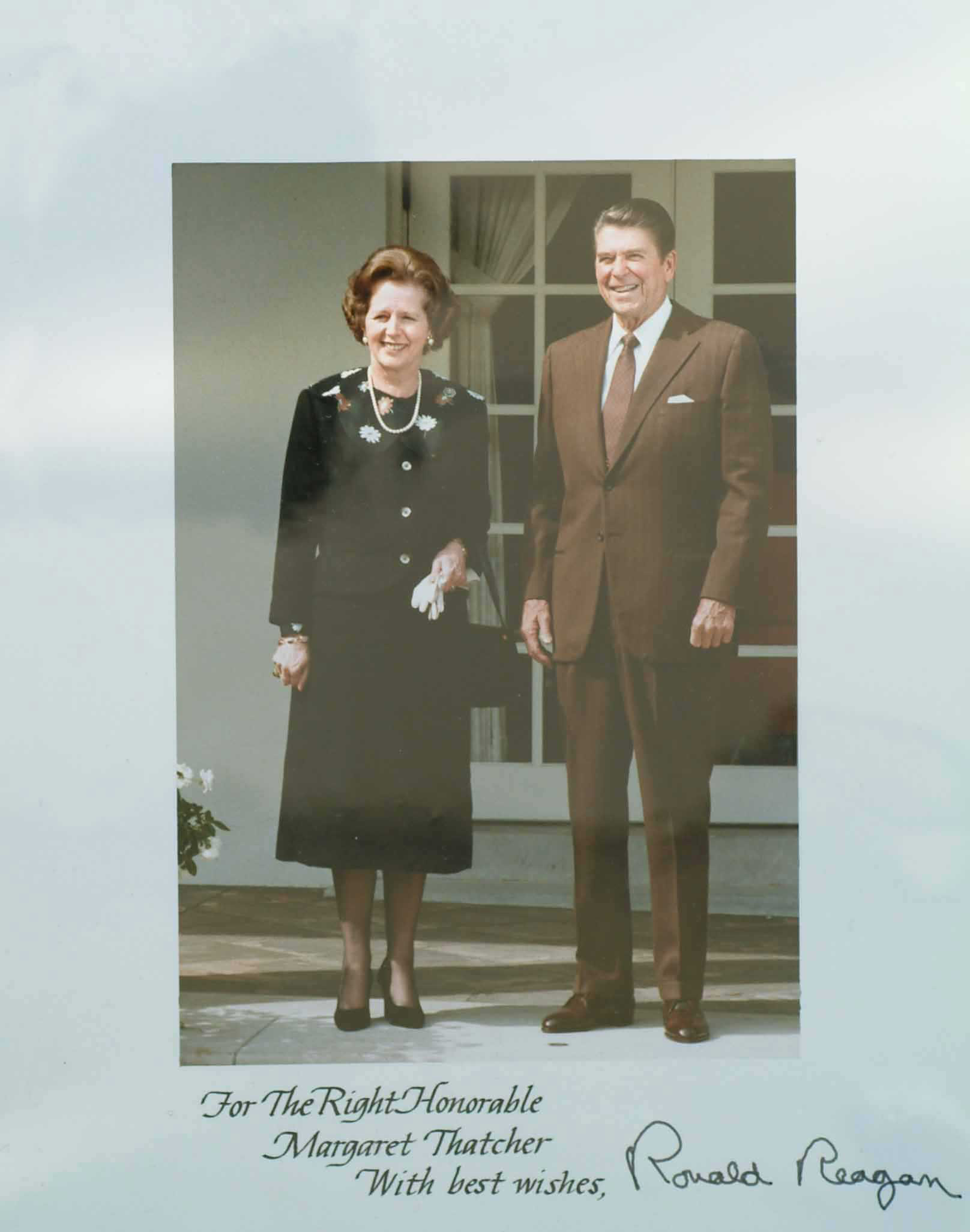 - Margaret_Thatcher_with_Ronald_Reagan