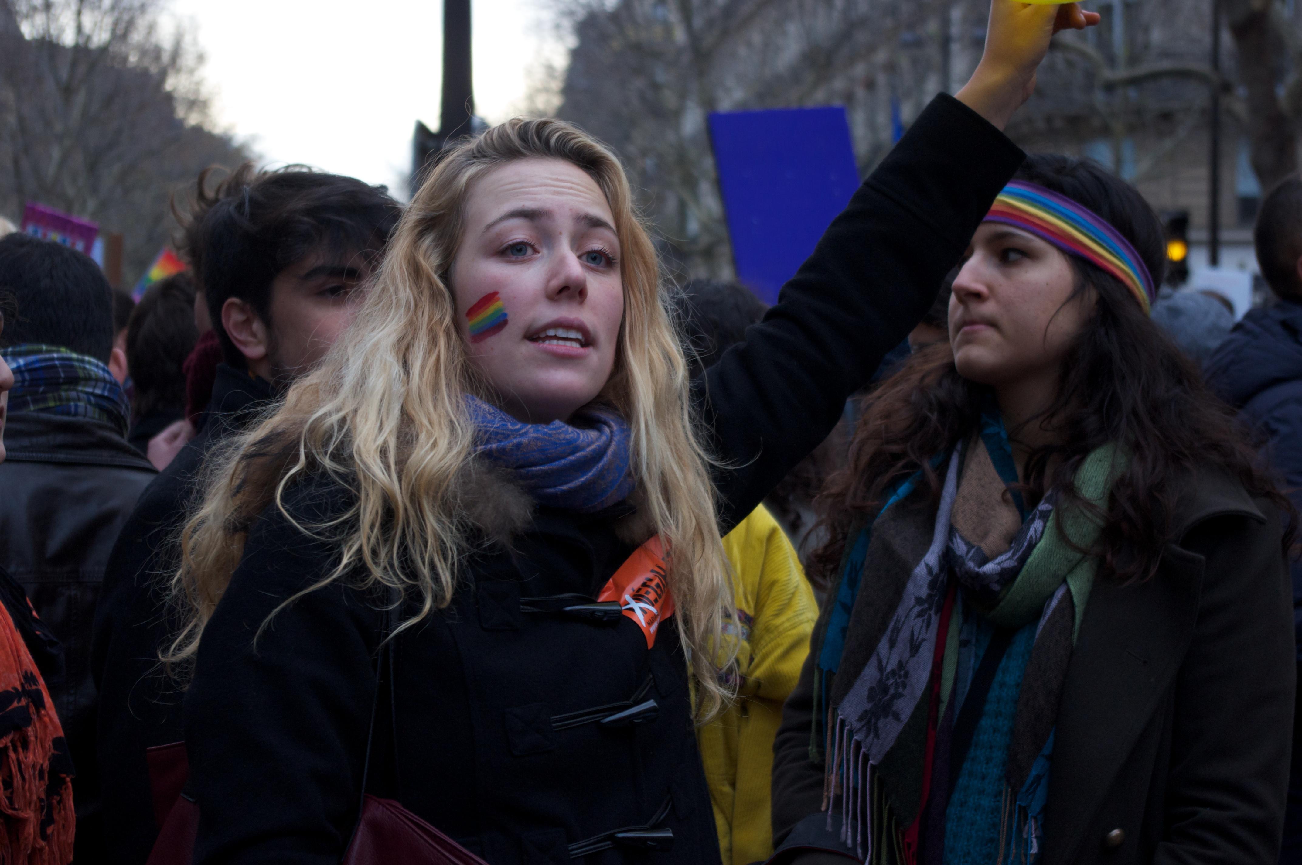 soutien du projet de loi ouvrant le mariage aux couples de personnes de même sexe dit mariage pour tous, Paris, 16 décembre 2012 Español: Manifestación de