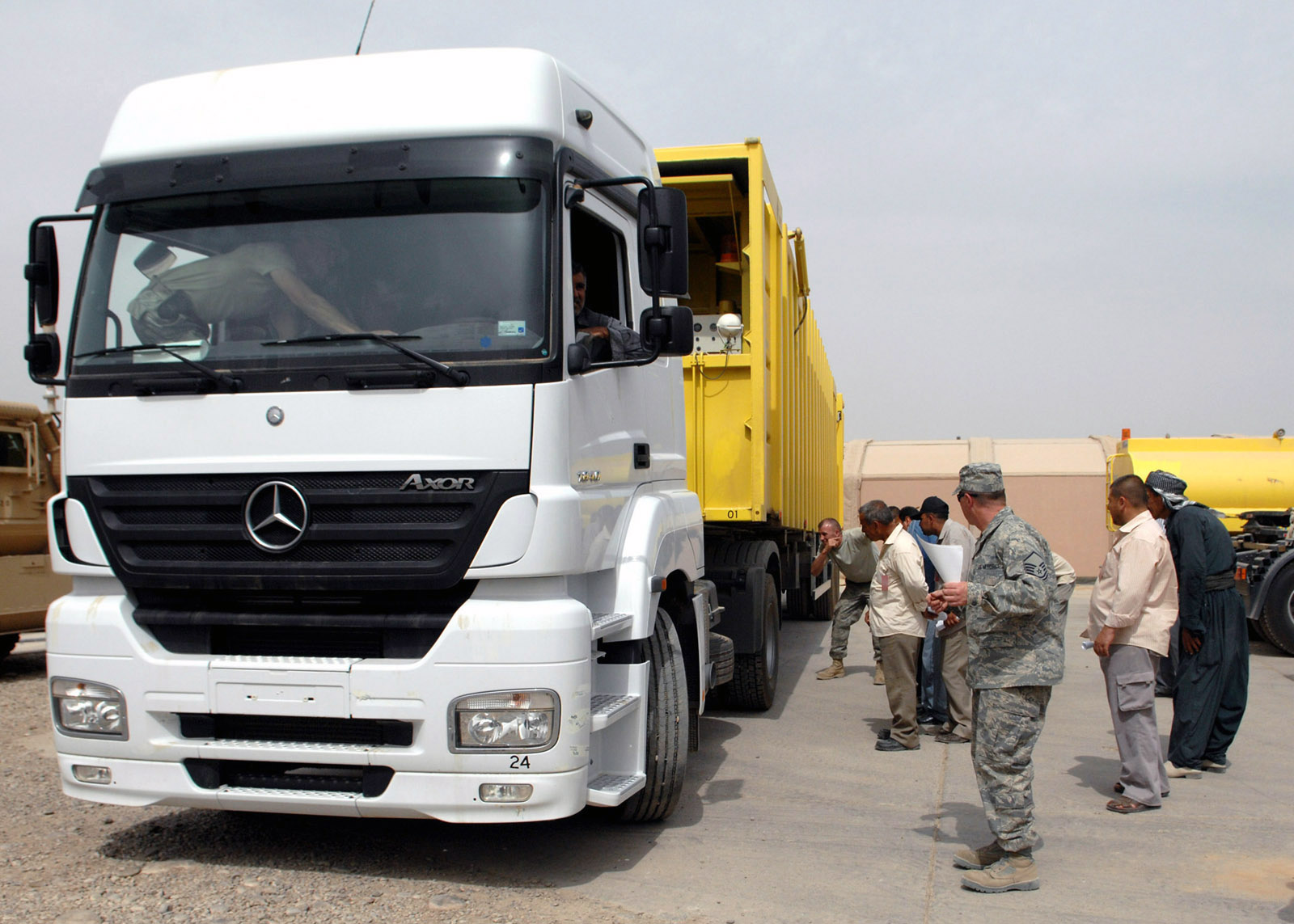 file mercedes benz axor trucks wikimedia commons