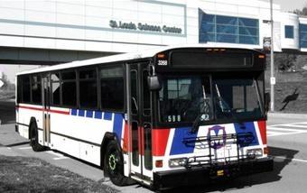 MetroBus at St Louis Science Center.jpg