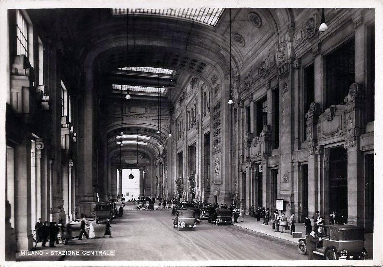File milano stazione centrale galleria delle carrozze 01 for Galleria del piano casa