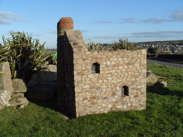 Mini Tin Mine marks road in to Redruth - geograph.org.uk - 1441433