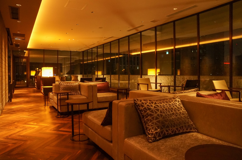 File Mitsui Garden Hotel Osaka Premier 16f Lounge 20140316 Wikimedia Commons