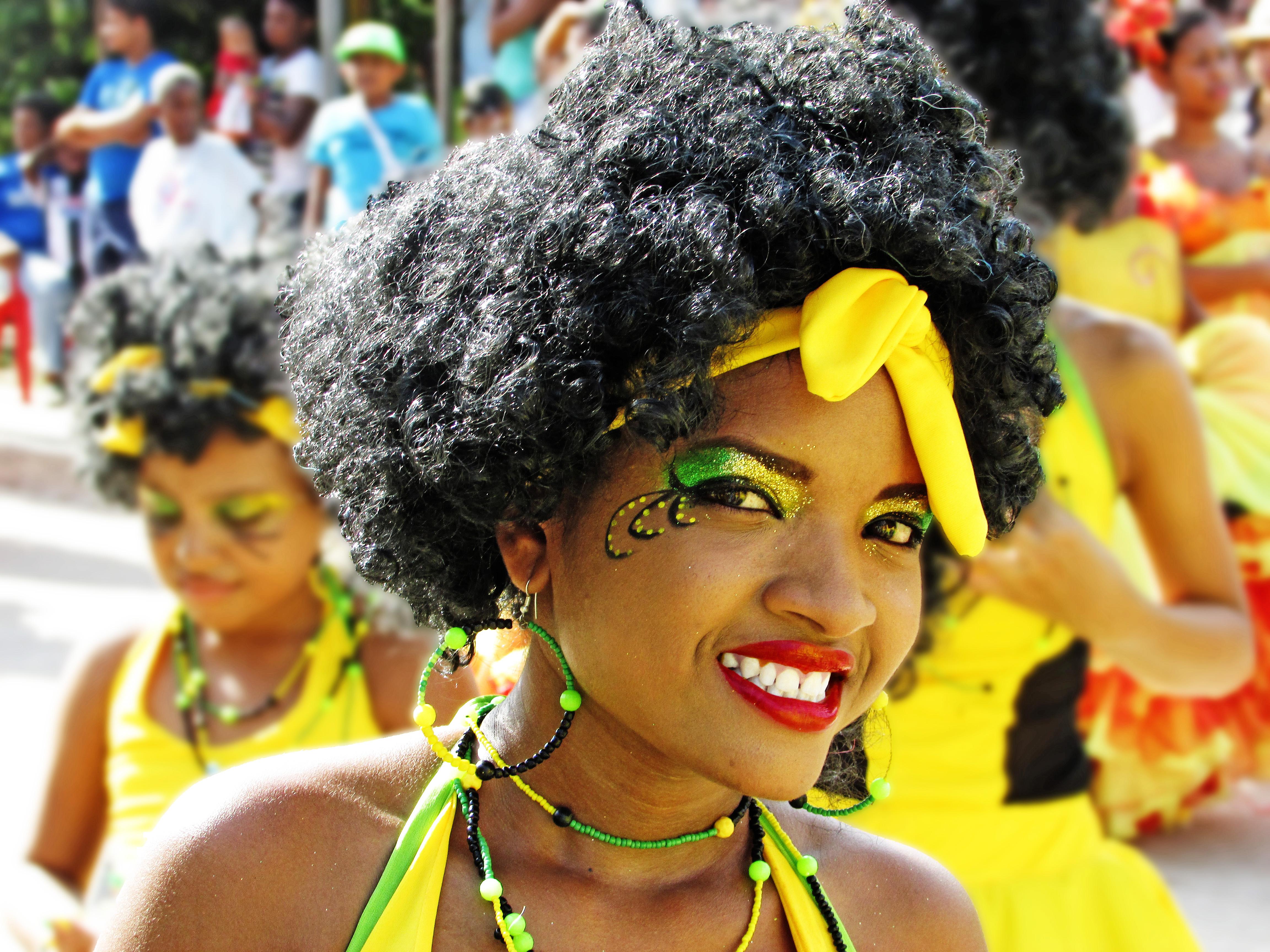 4032e10a241 Archivo:Mujer Afrocolombiana en Tolú.jpg - Wikimedia Colombia