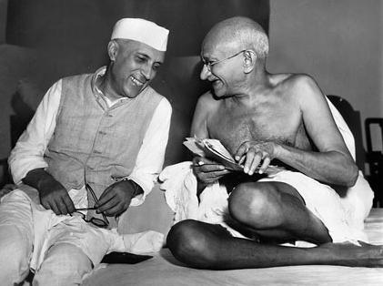 Fichier:Nehru gandhi.jpg