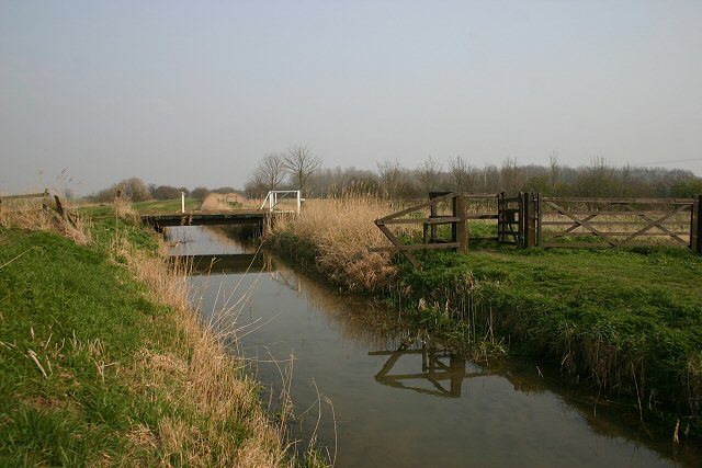New River - geograph.org.uk - 380305