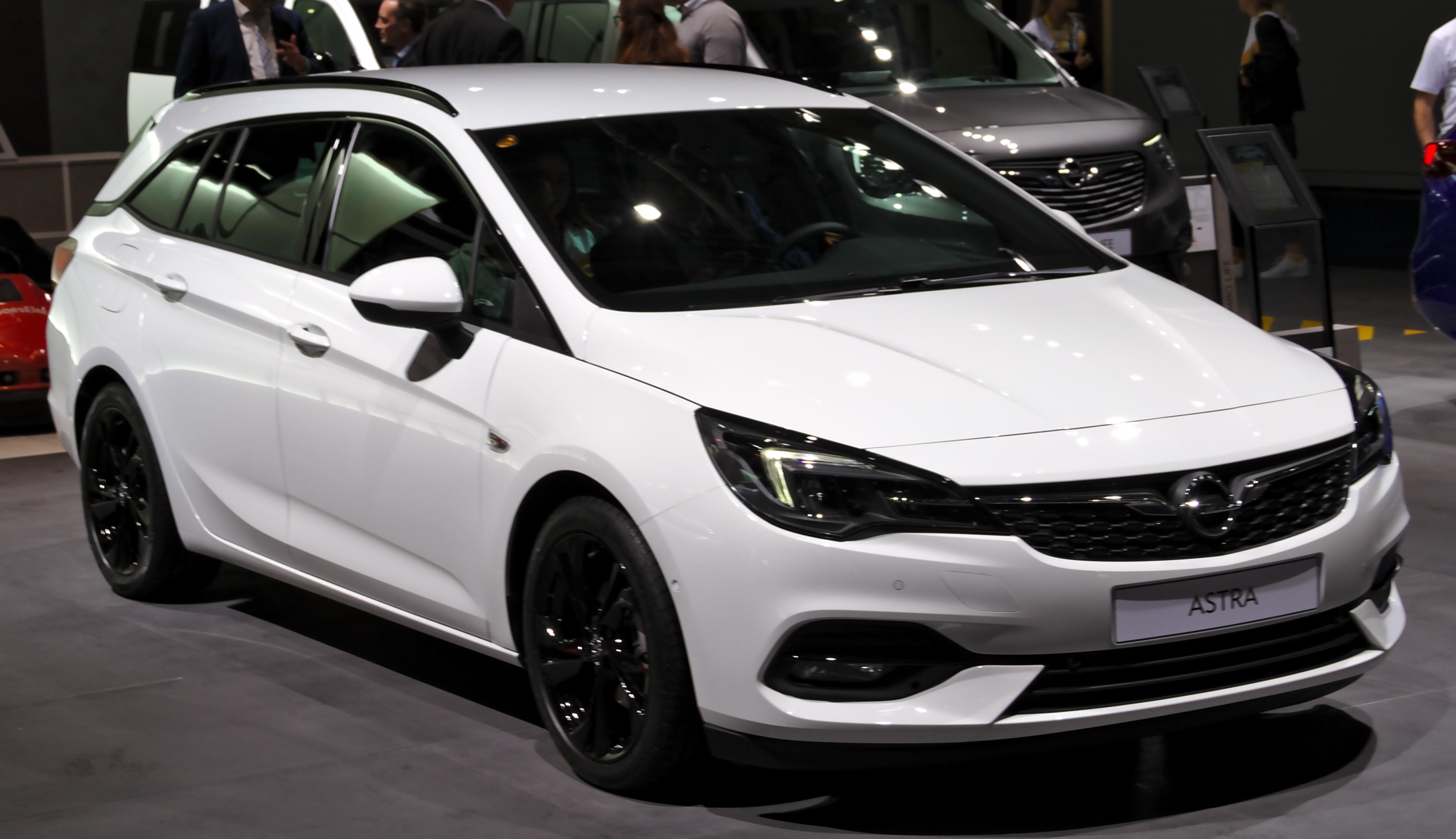 File Opel Astra K Sports Tourer At Iaa 2019 Img 0611 Jpg Wikimedia Commons