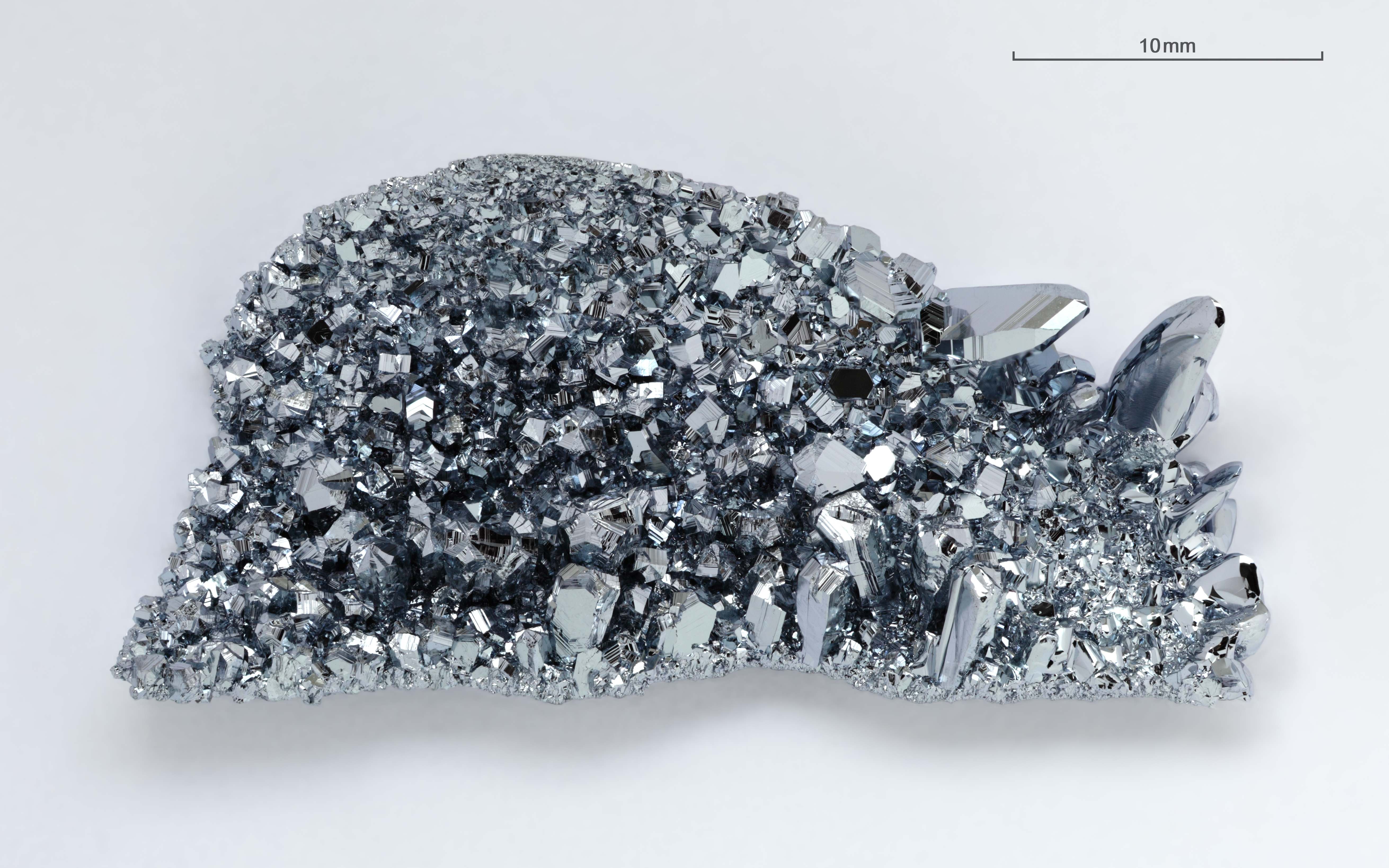 Examples Of Small Pics Or Use In Electronics Palladium : File osmium crystals g