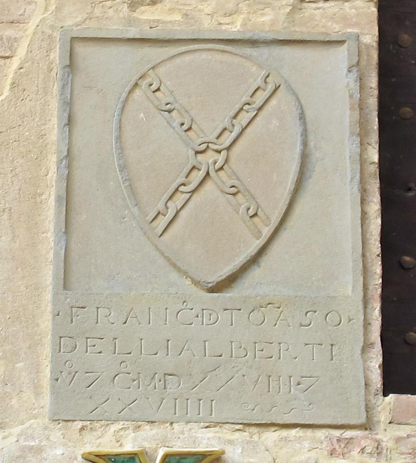 Palazzo Pretorio, cortile, stemma Alberti