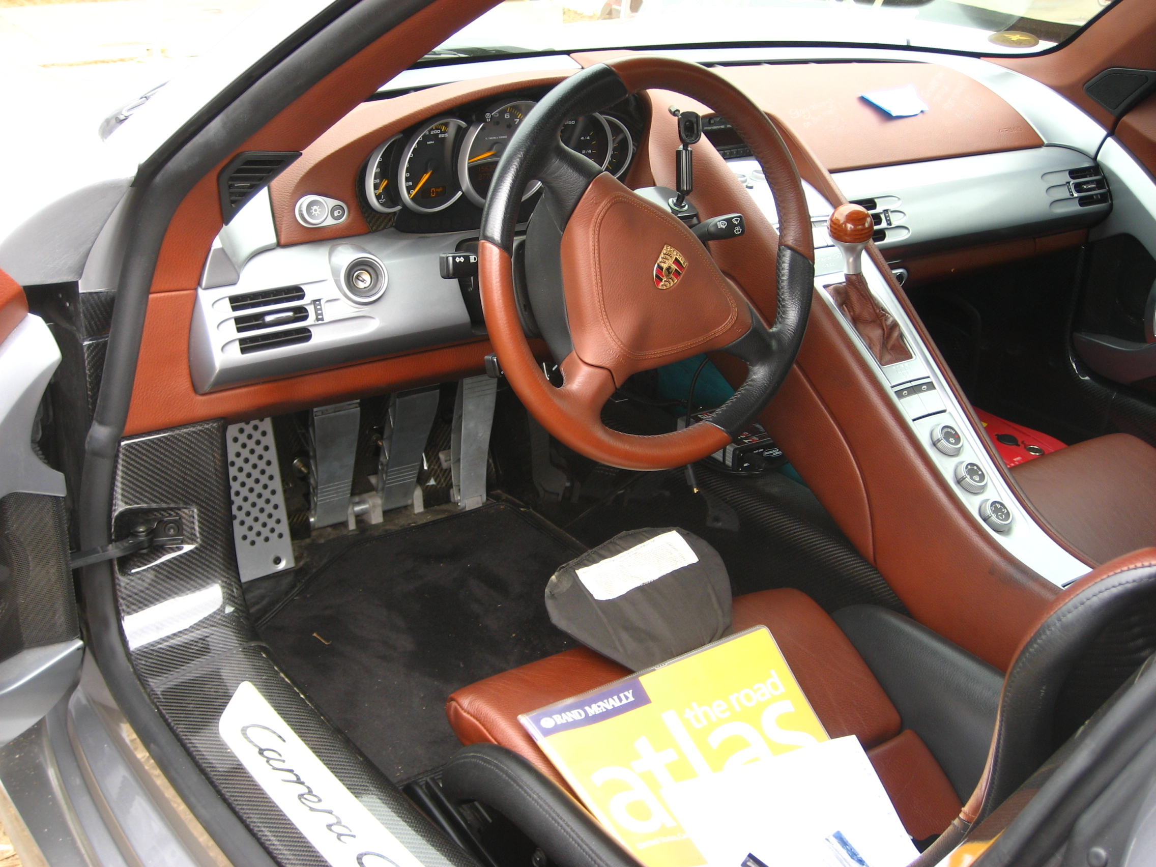 Porsche Carrera gt Interior File:porsche Carrera gt