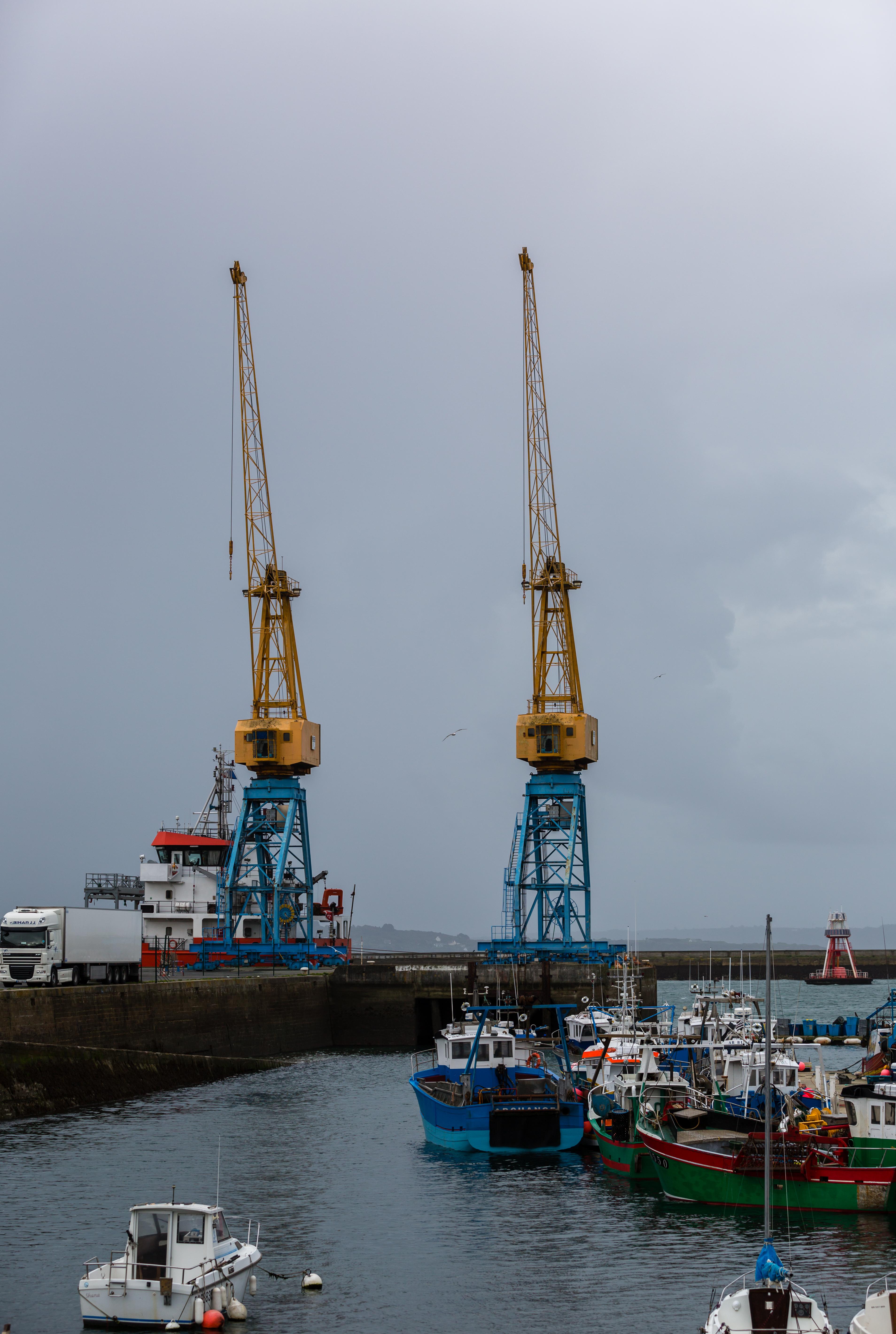 File port de commerce brest france wikimedia commons - Restaurant port de commerce brest ...
