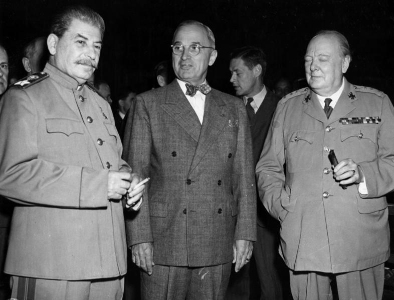 http://upload.wikimedia.org/wikipedia/commons/9/9e/Potsdam_conference_1945-3.jpg