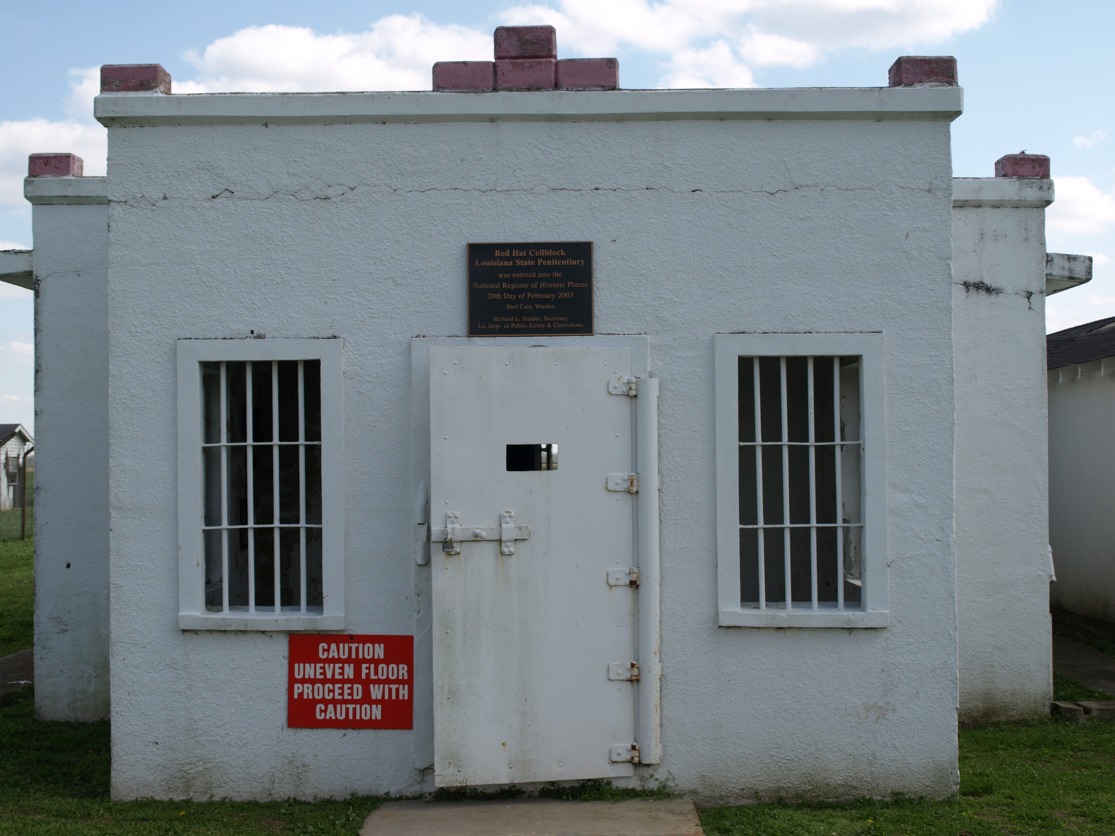Red Hat Cell Block - Wikipedia