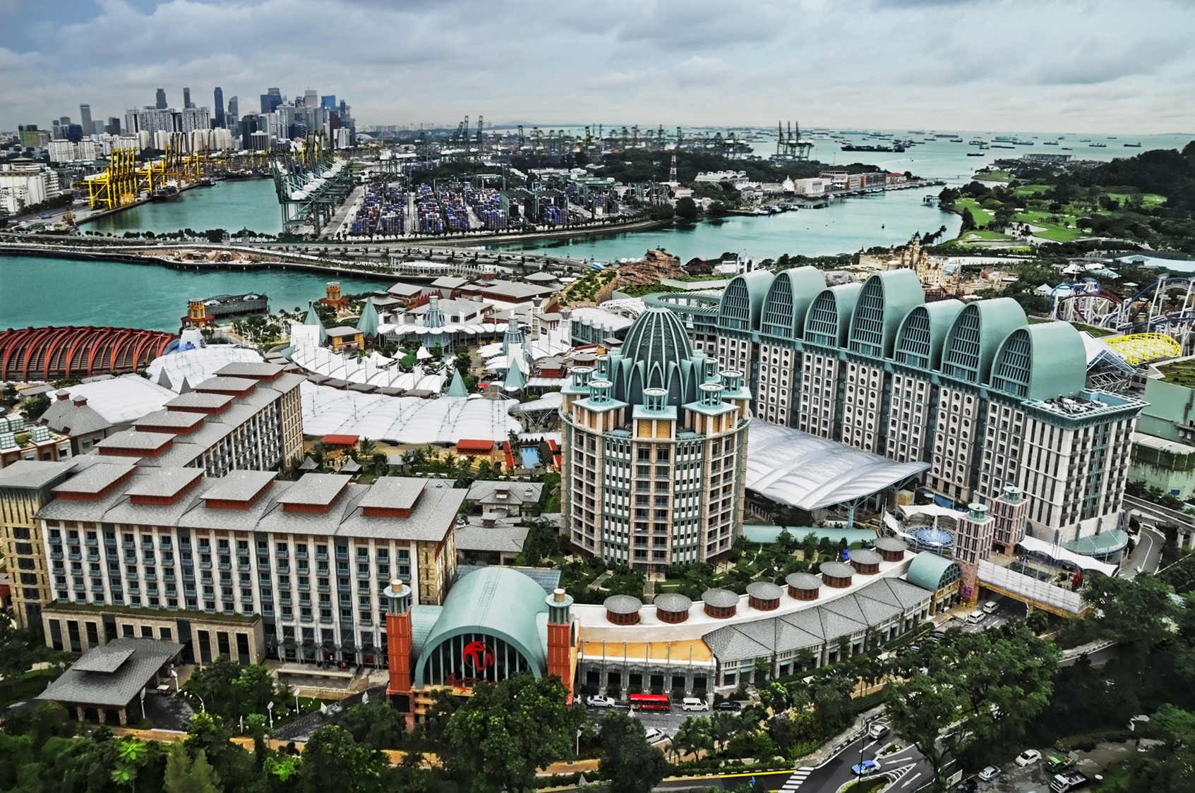 Resorts World Sentosa viewed from the Tiger Sky Tower, Sentosa, Singapore - 20110131.jpg