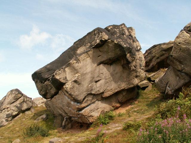 Rocks at Almscliff Crag - geograph.org.uk - 540707