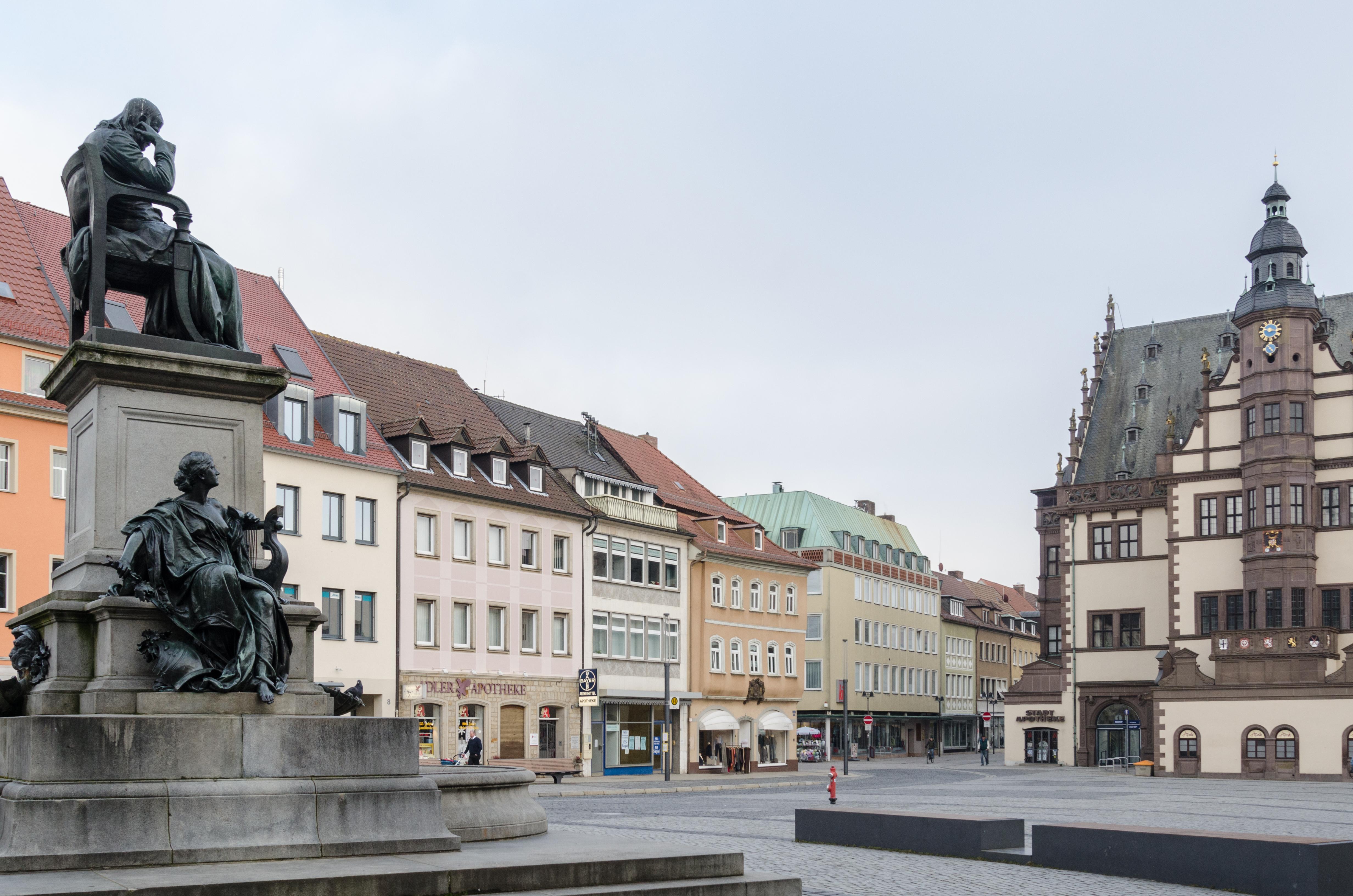 file schweinfurt markt denkmal f r friedrich r ckert wikimedia commons. Black Bedroom Furniture Sets. Home Design Ideas