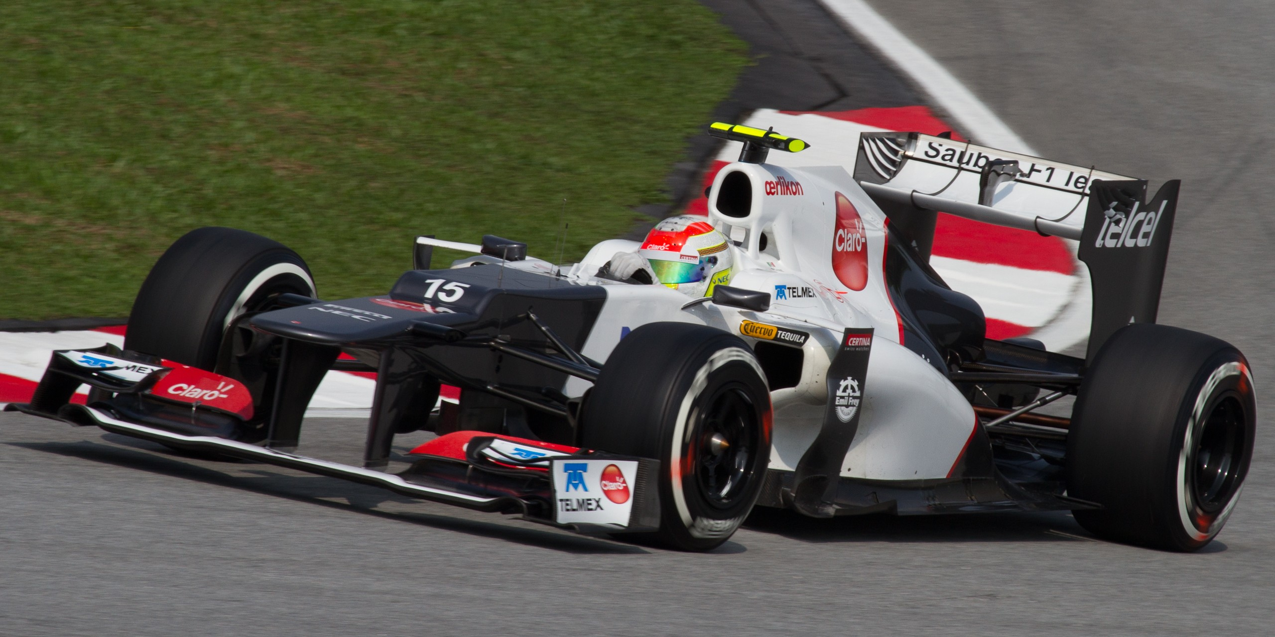 File:Sergio Perez 2012 Malaysia Qualify.jpg - Wikimedia Commons
