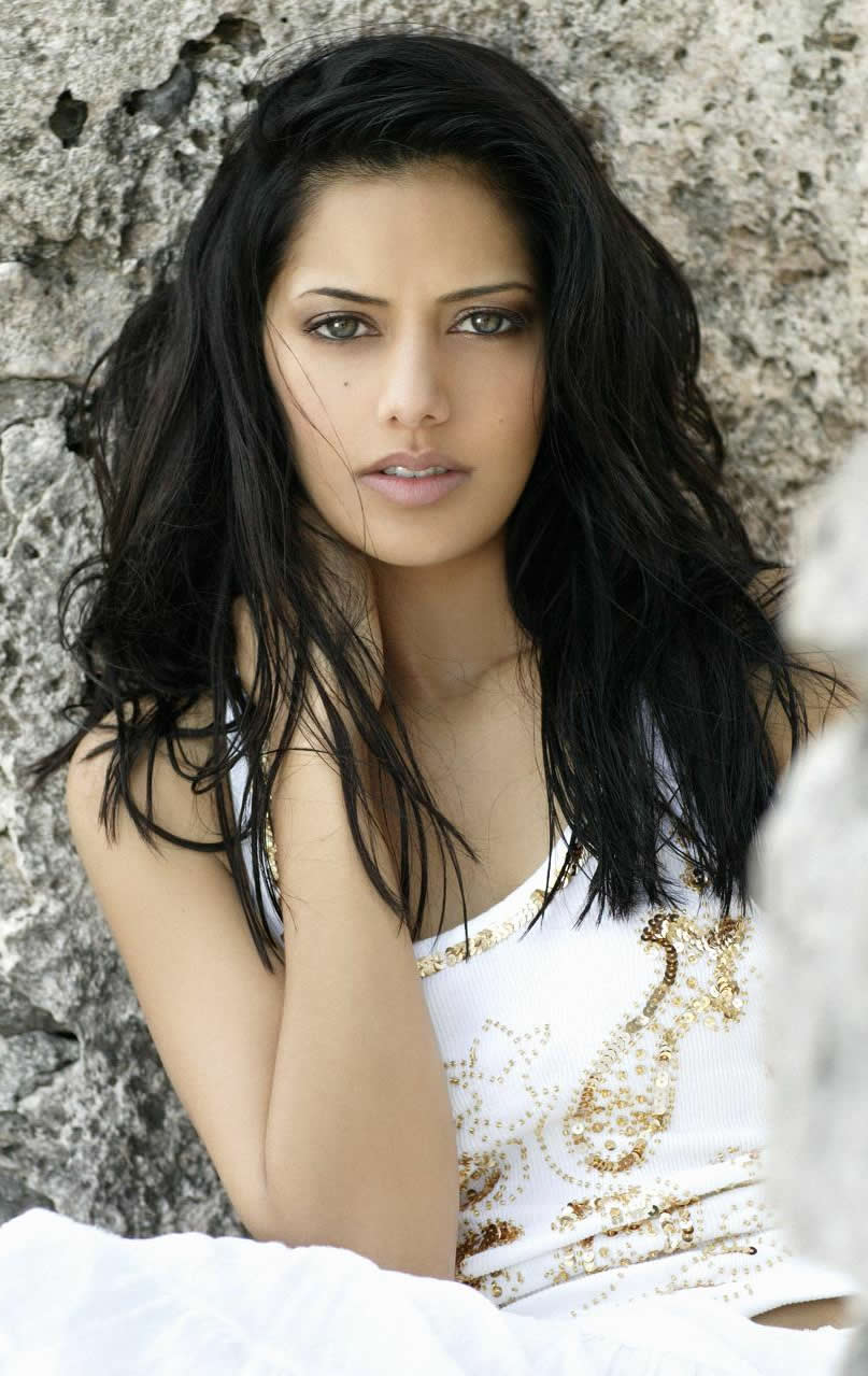 Sheetal Sheth Nude Photos