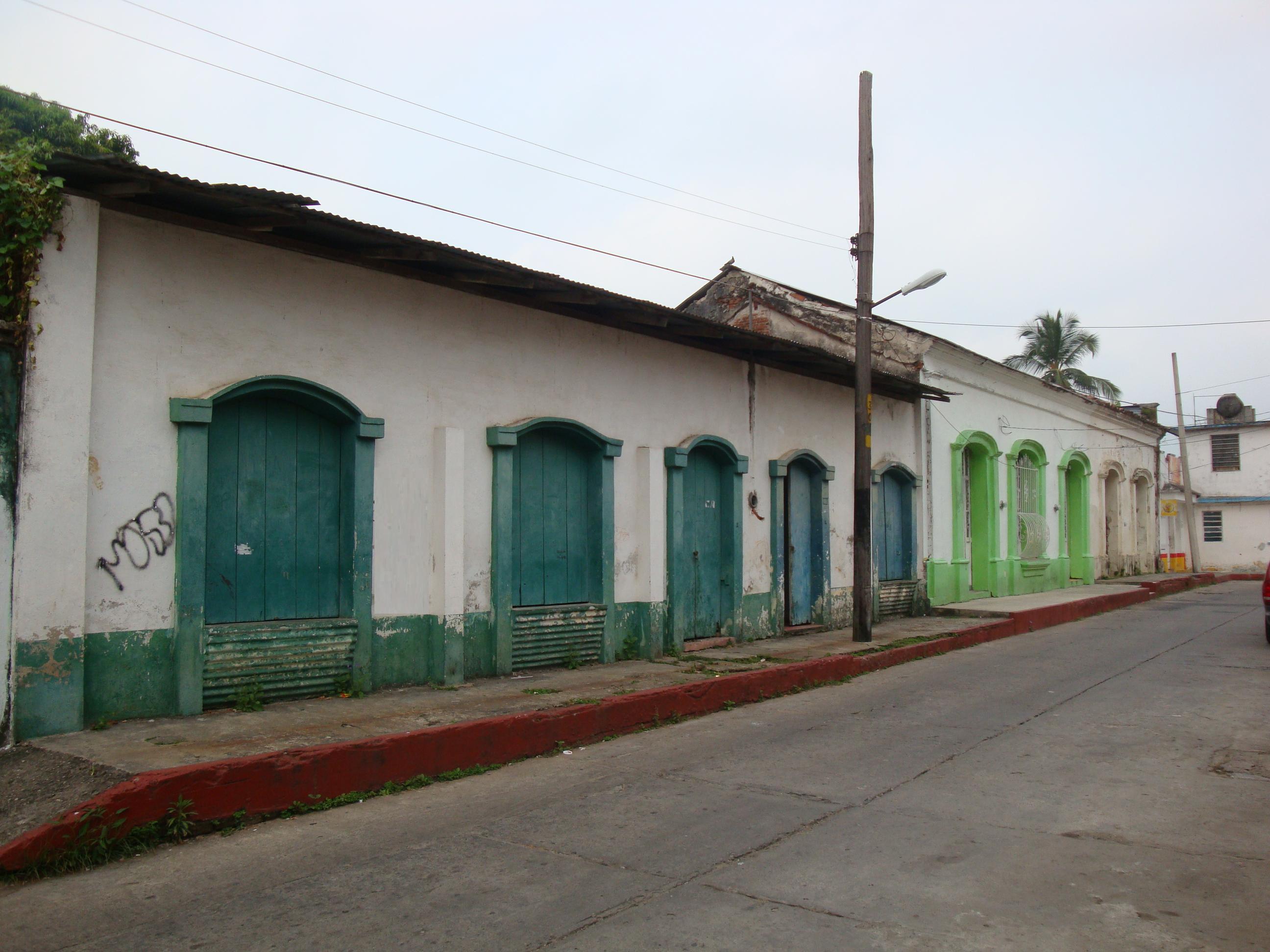 File tacotalpa casas wikimedia commons - Fotos de casas antiguas ...