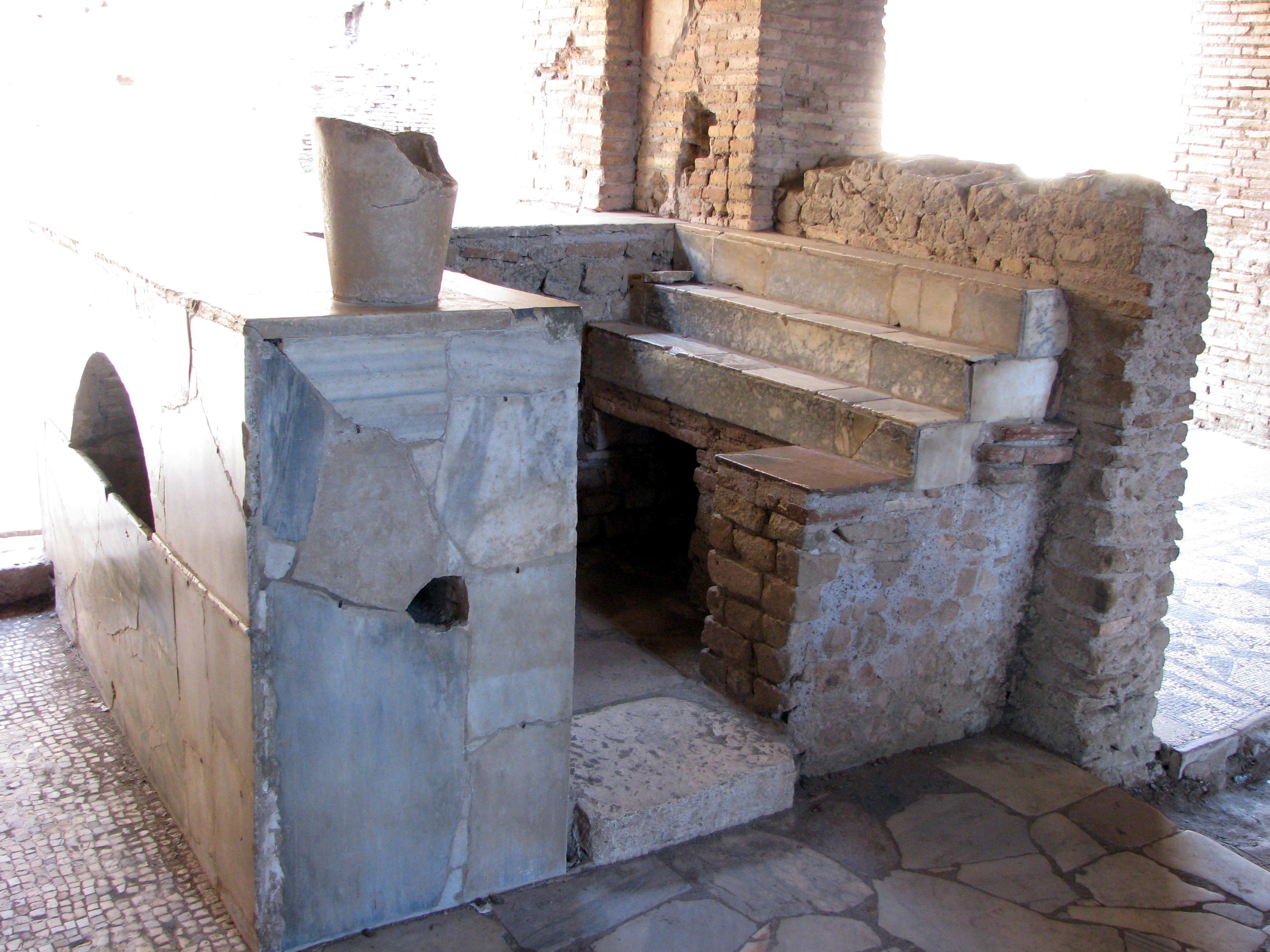 La taberna dell antica roma e la taverna del medioevo for Finestra antica aperta
