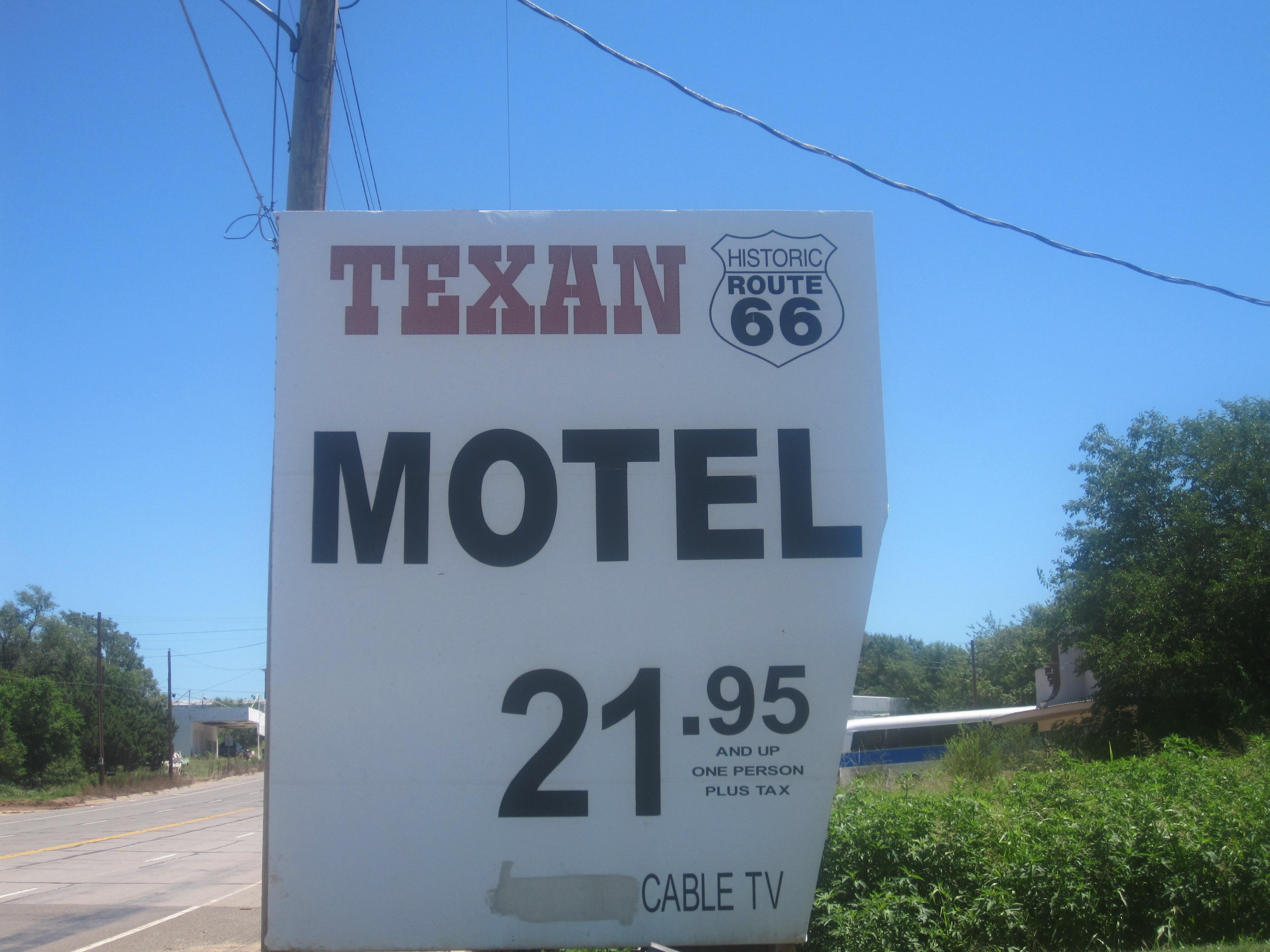 8bcf726f08 File Texan Motel