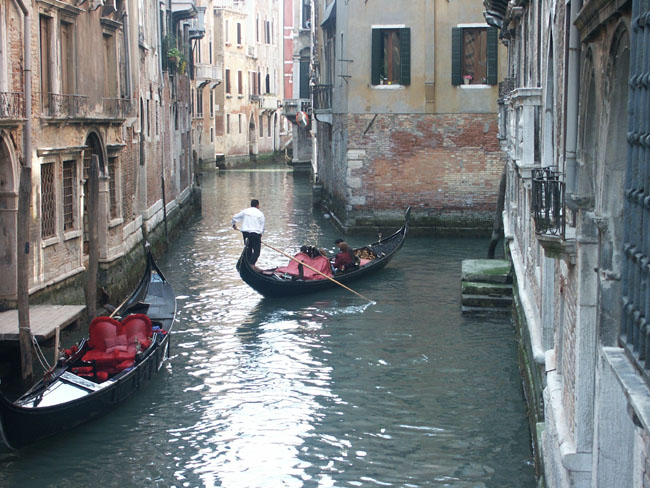 Venedigs borgmastare avgar