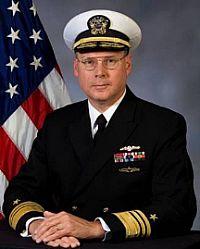 Вице-адмирал Кевин М. Маккой.jpg