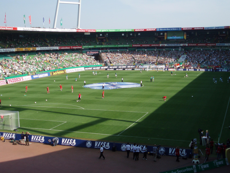 Policía advierte de posible atentado islamista en partido de Bundesliga