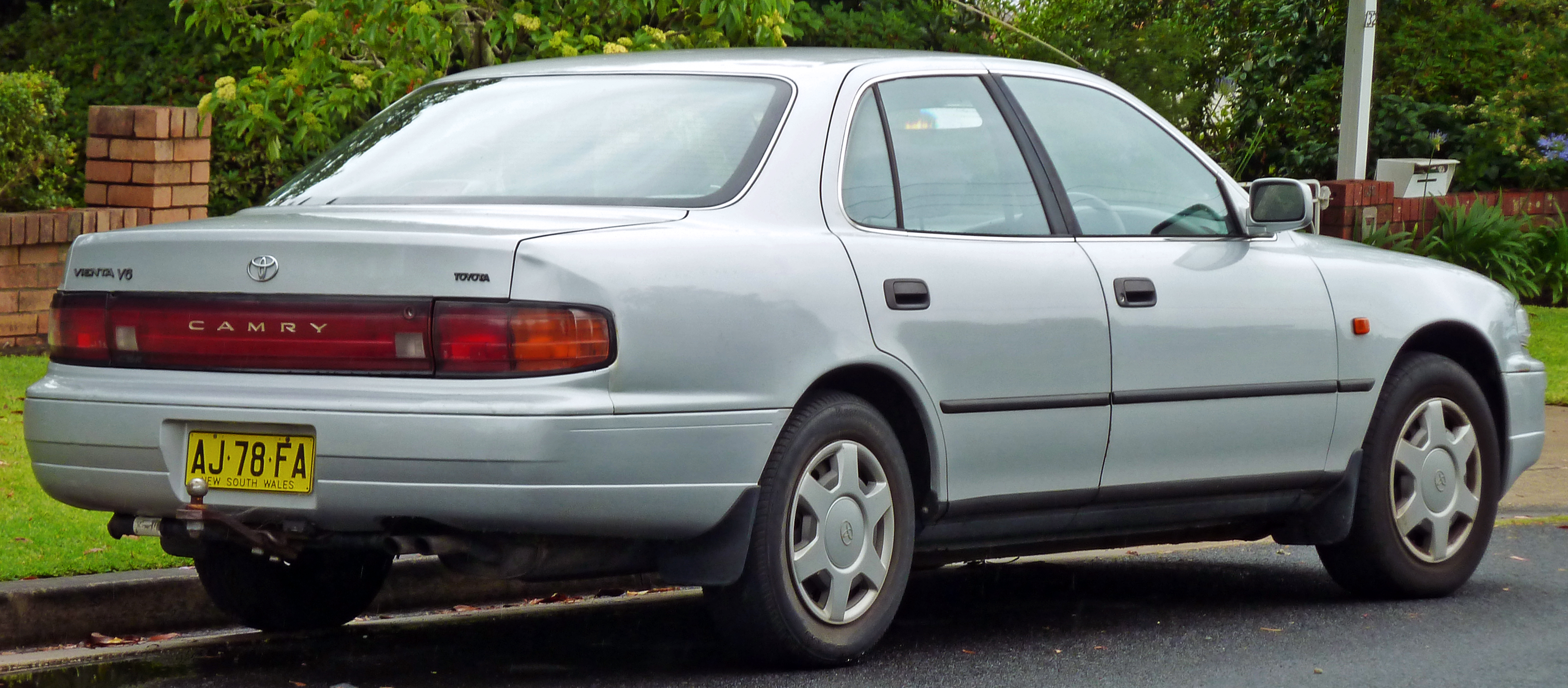 File 1994 1995 Toyota Camry Vienta Vdv10 Csx Sedan 02