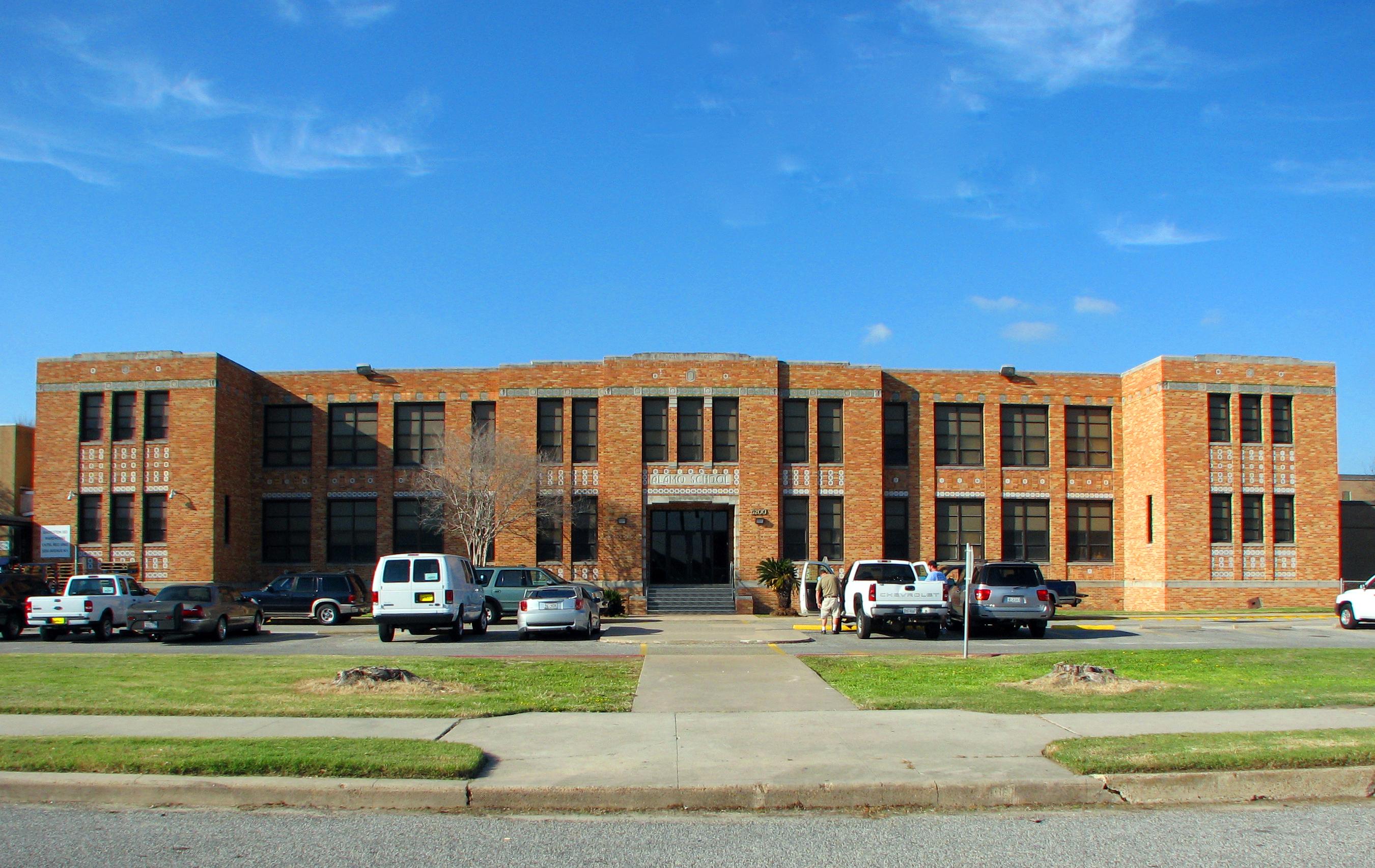File:Alamo School Galveston post Ike.jpg
