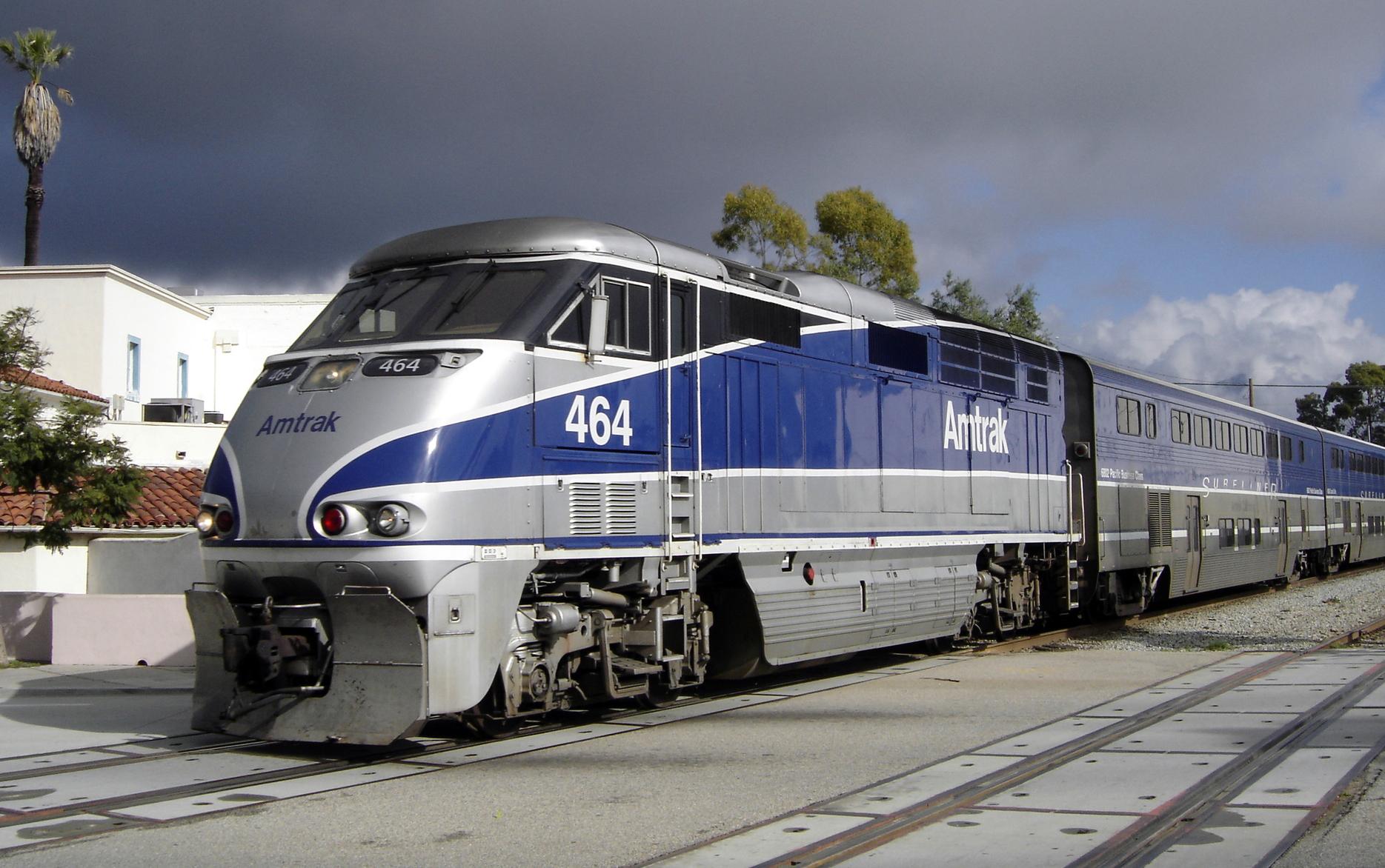 File Amtrak Surfliner Santa Barbara Jpg Wikimedia Commons