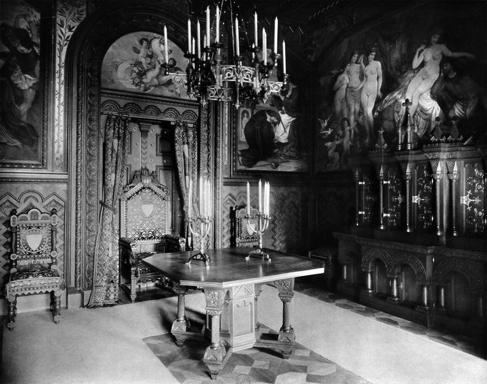 Datei:Arbeitszimmer, Schloss Neuschwanstein.jpg – Wikipedia