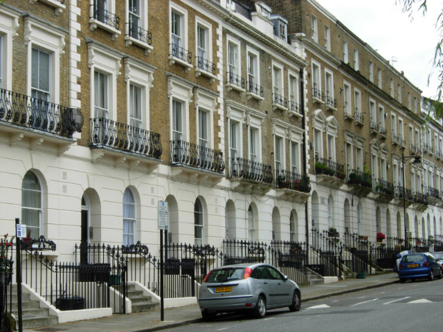 File:Arundel Square, Islington - geograph.org.uk - 453912.jpg
