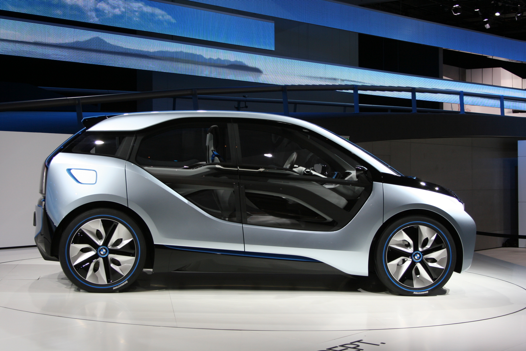 File Bmw I3 Concept Iaa Side Jpg