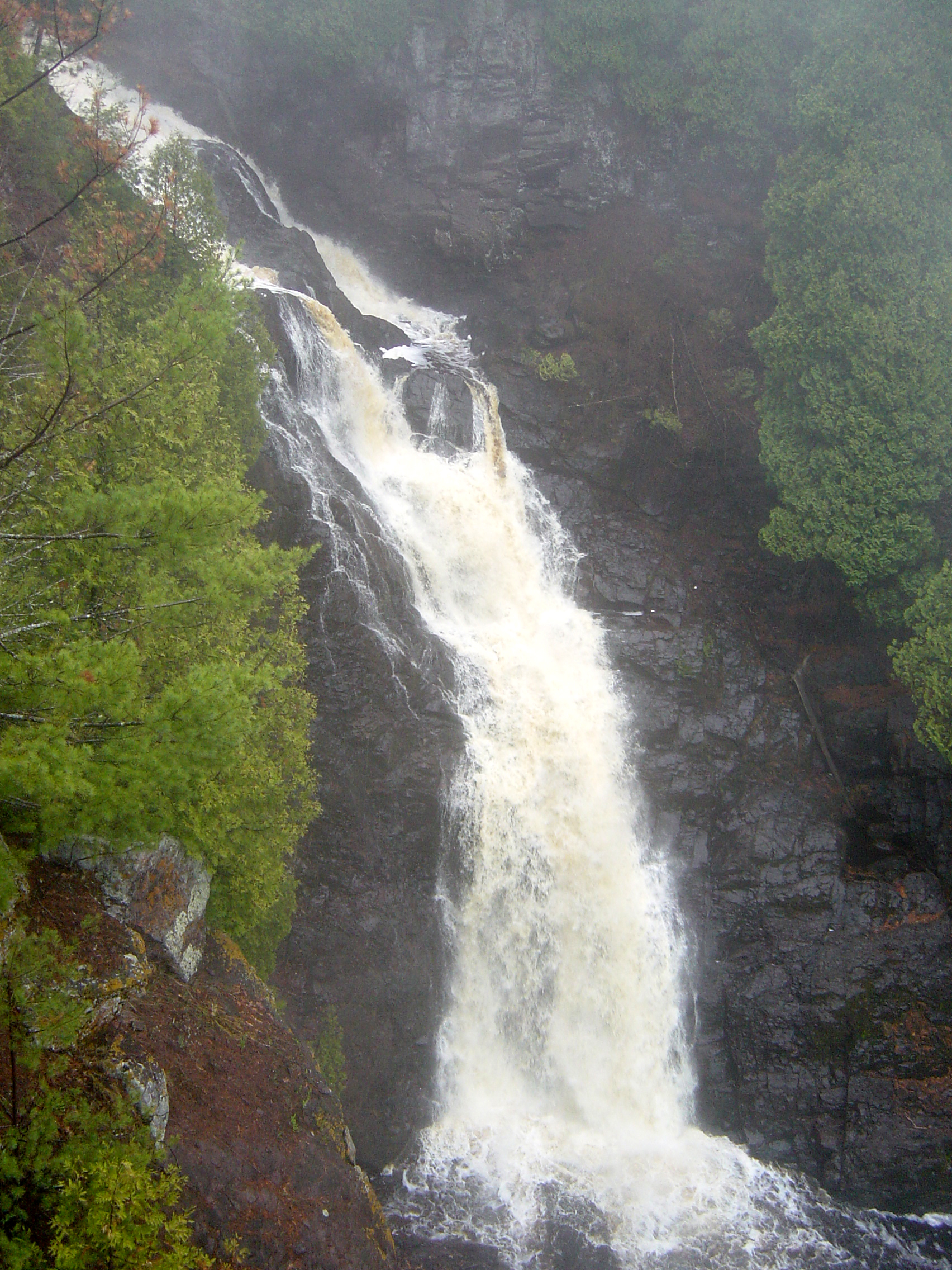 Big Manitou Falls, in Pattison State Park, Wisconsin. Photo by Bobak Ha'Eri  and is hosted at Wikimedia Commons. Click on photo to go to host page.