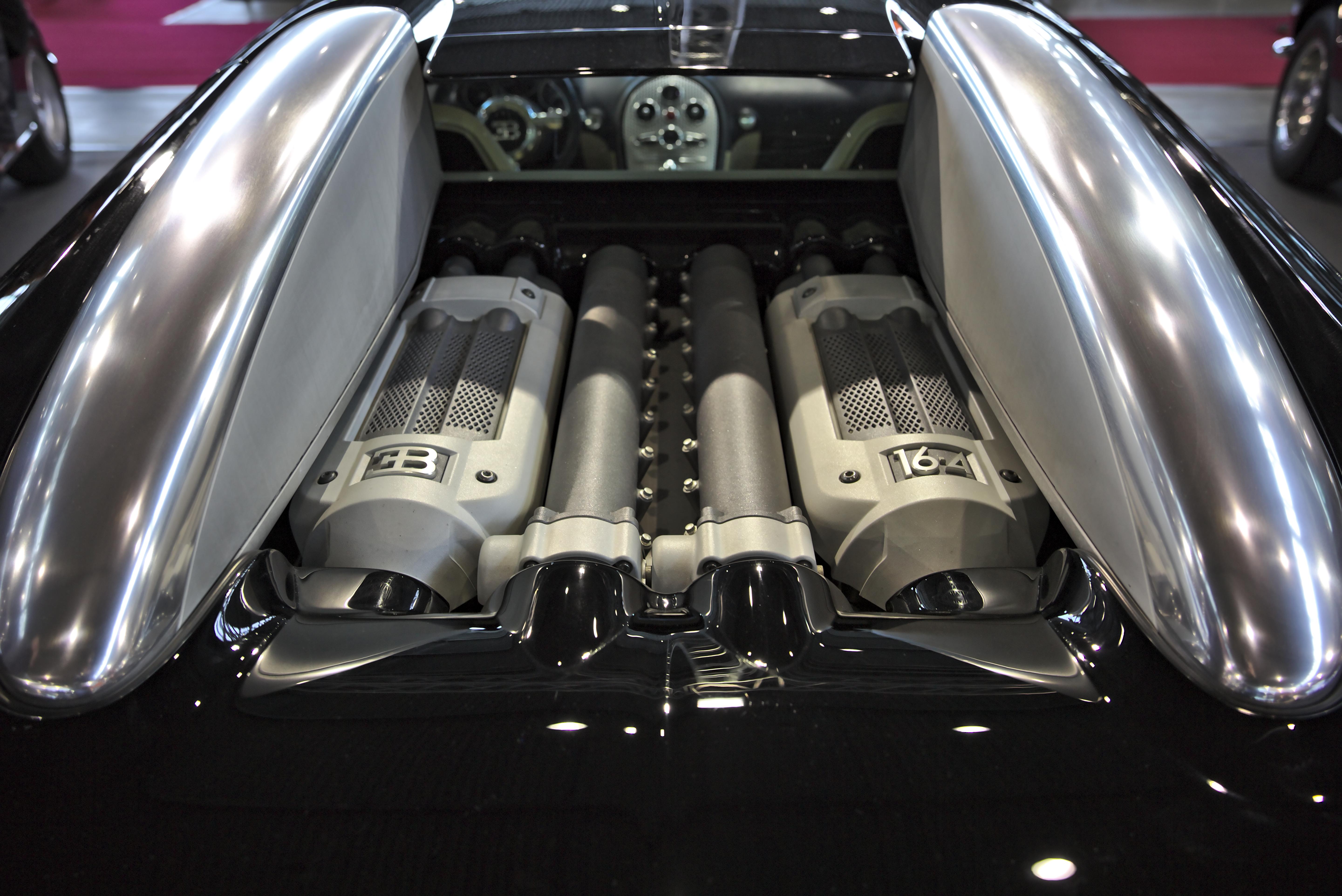 File Bugatti Veyron Engine 1x7a7930 Jpg Wikimedia Commons