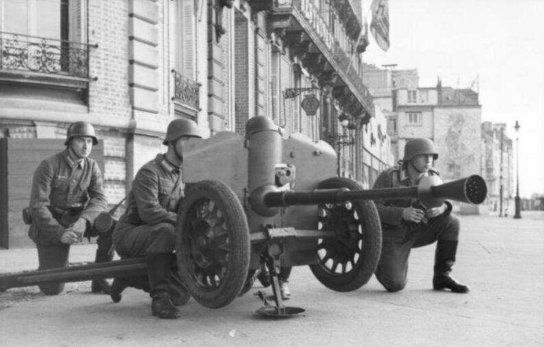 German 50 Mm Anti Tank Gun: File:Bundesarchiv Bild 101I-292-1283-03, Nordfrankreich