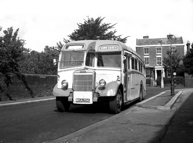 File:Butters bus Leyland TS8 MKA 756 in Wellington, Shropshire 31 August  1963.