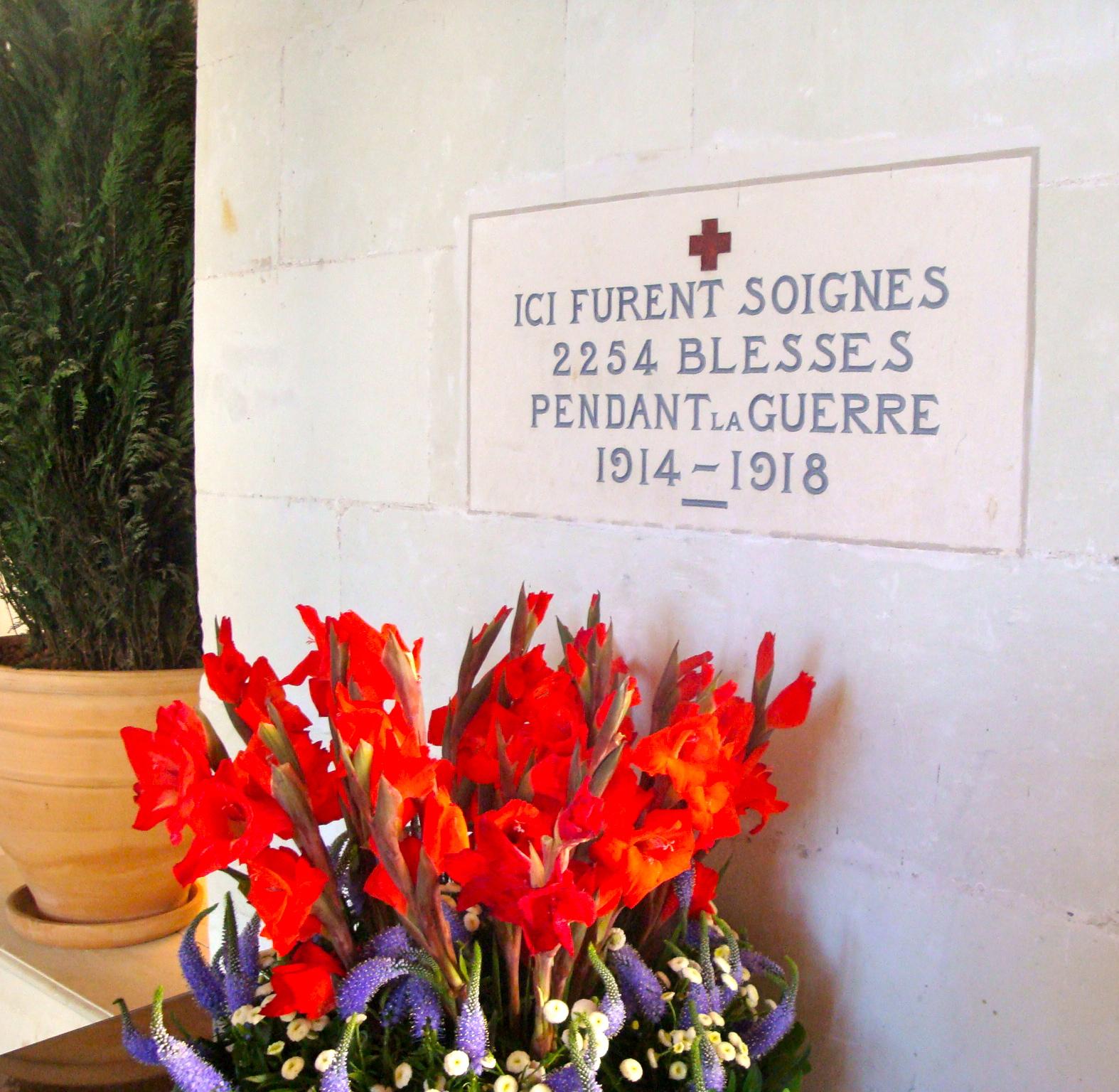 File chenonceau memorial jpg wikimedia commons for Chambre de commerce francaise au vietnam