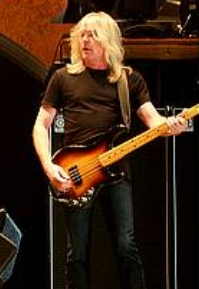 Cliff Williams élőben