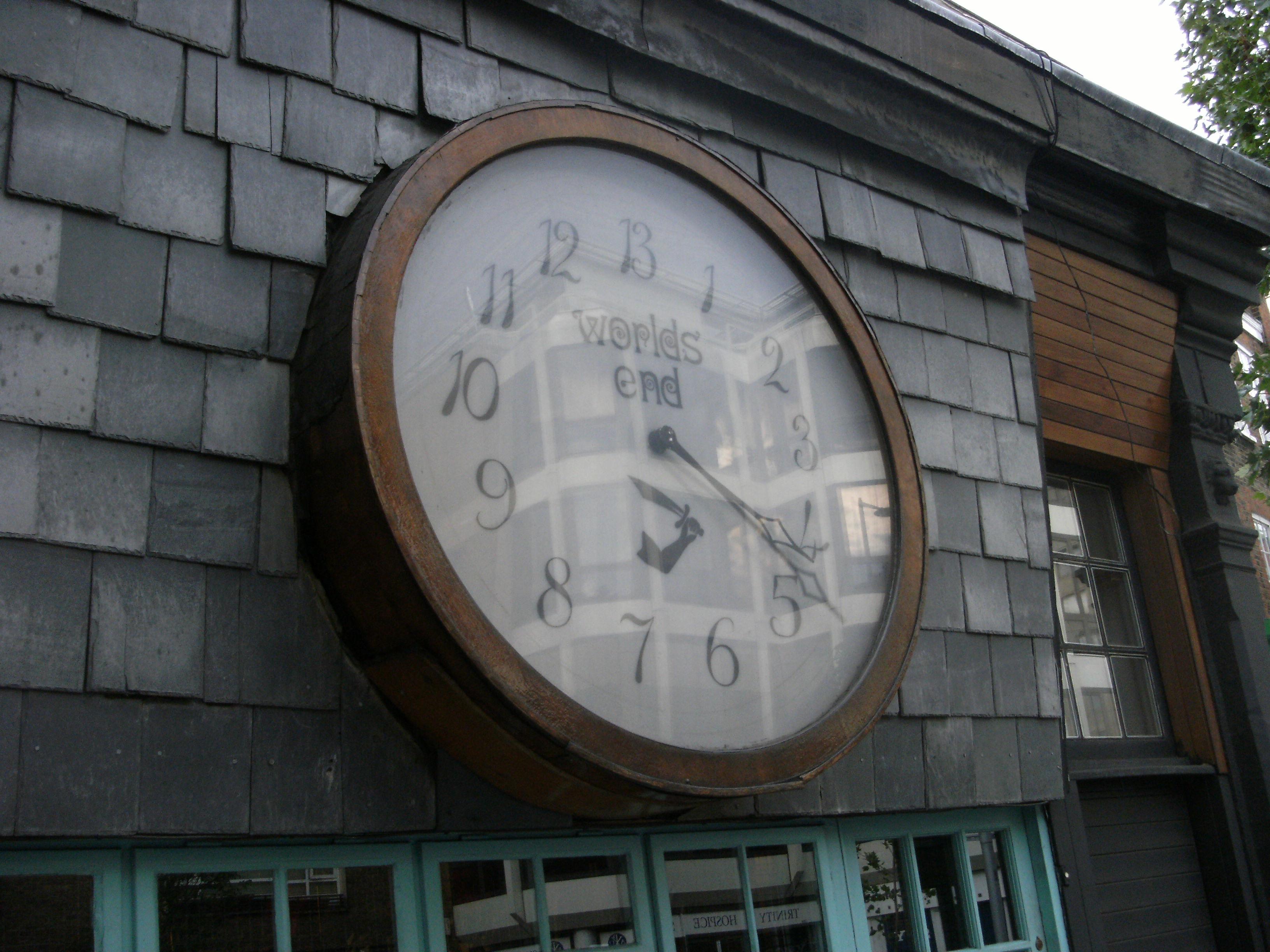 bda255defc File:Clock on World's End shop of Vivienne Westwood 4 June 2011.jpg ...