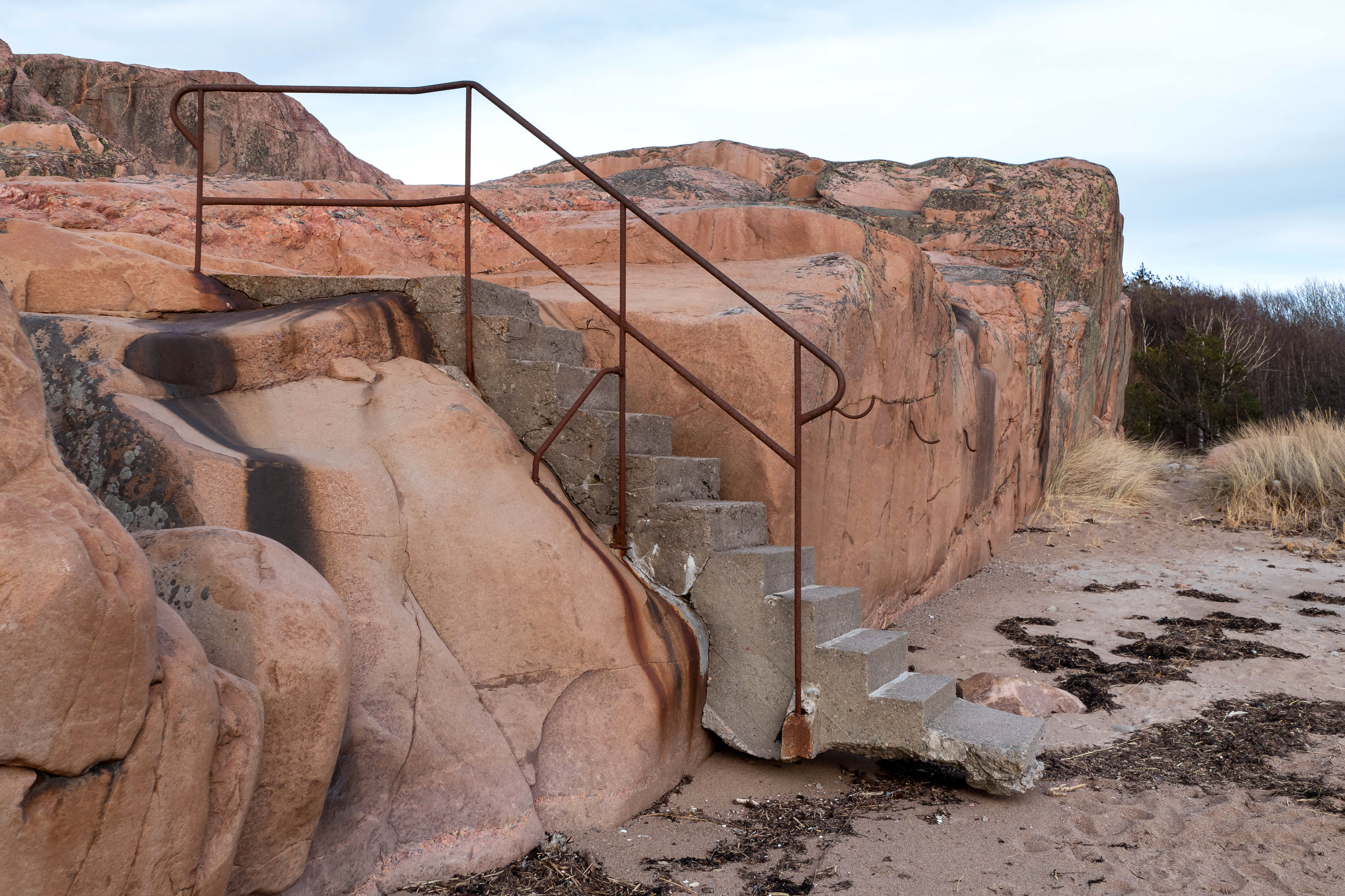 holder of this work, hereby publish it under the following license: English Concrete stairs in Fiskebäcksvik author name string: W.carter URL: https://commons