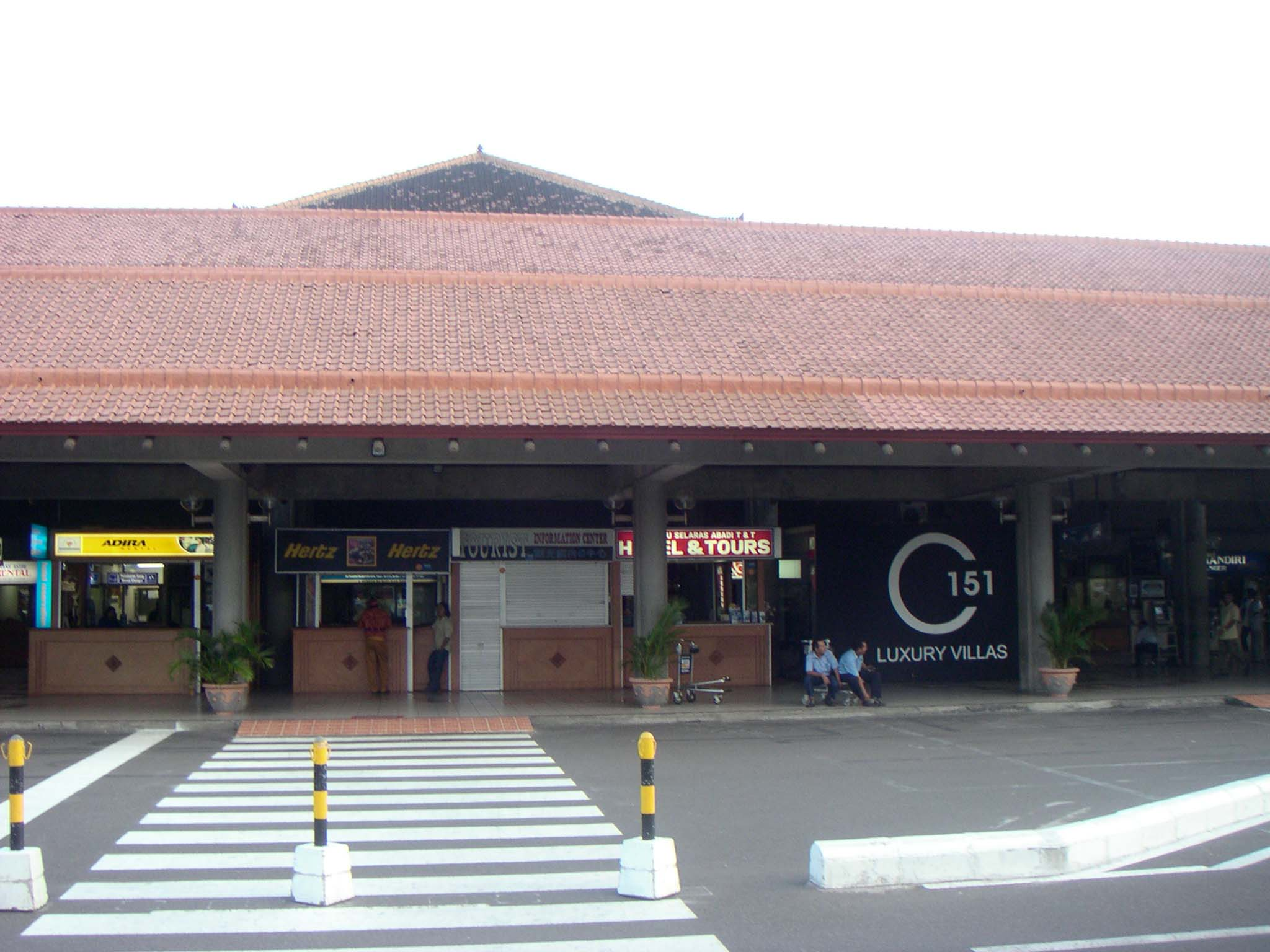 Aeroporto Denpasar : 파일 denpasar airport g 위키백과 우리 모두의 백과사전